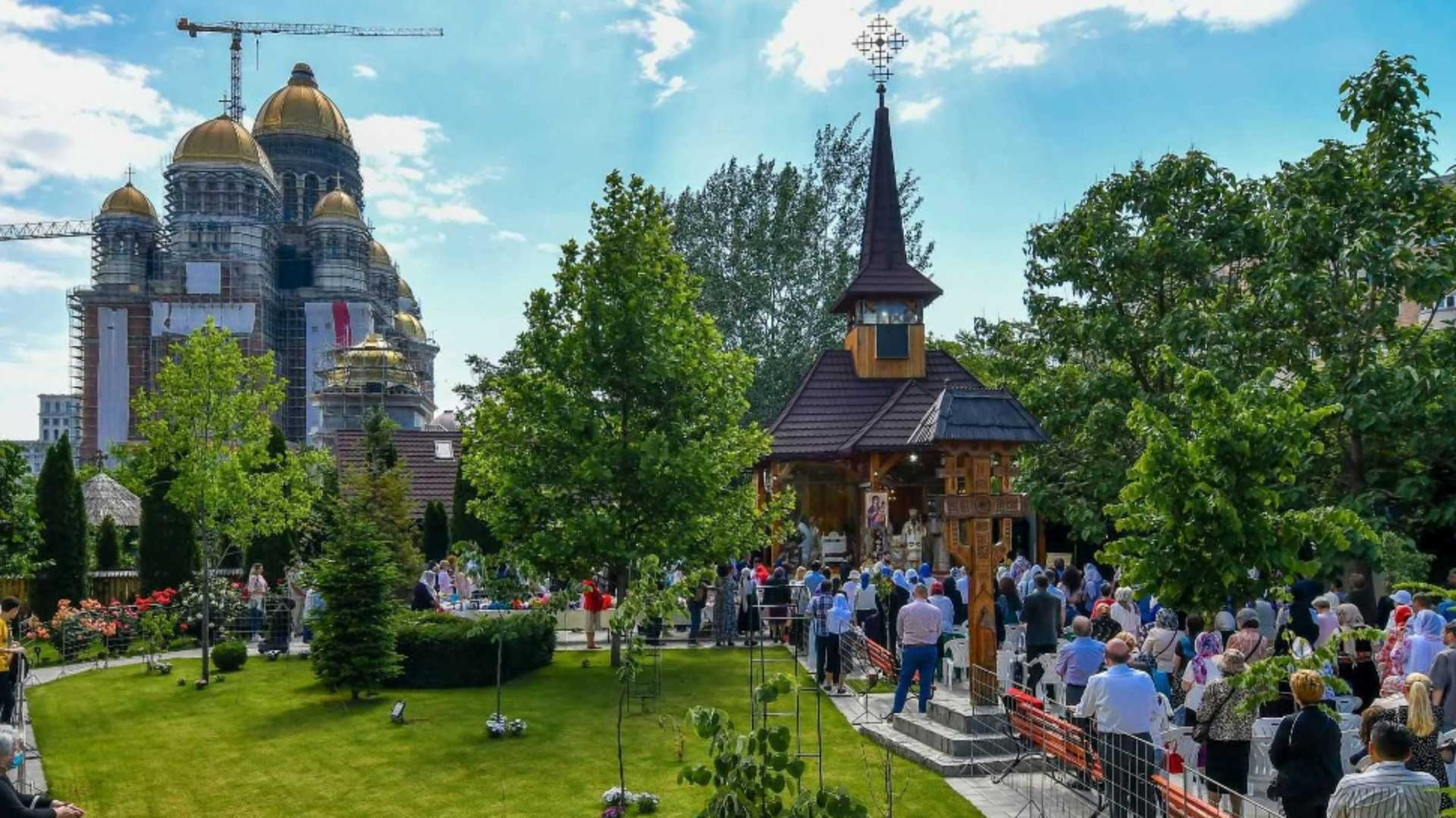 Moaştele Sf. Ioan Iacob, aduse la Catedrala Mântuirii Neamului - Program 5-6 august Foto: basilica.ro