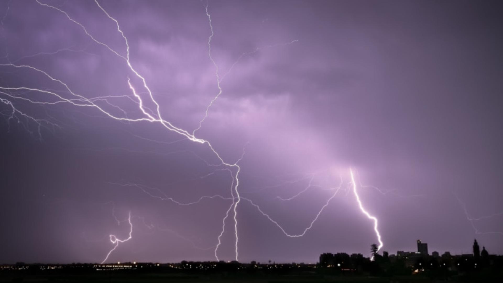 Progonoză: o nouă furtună lovește Bucureștiul