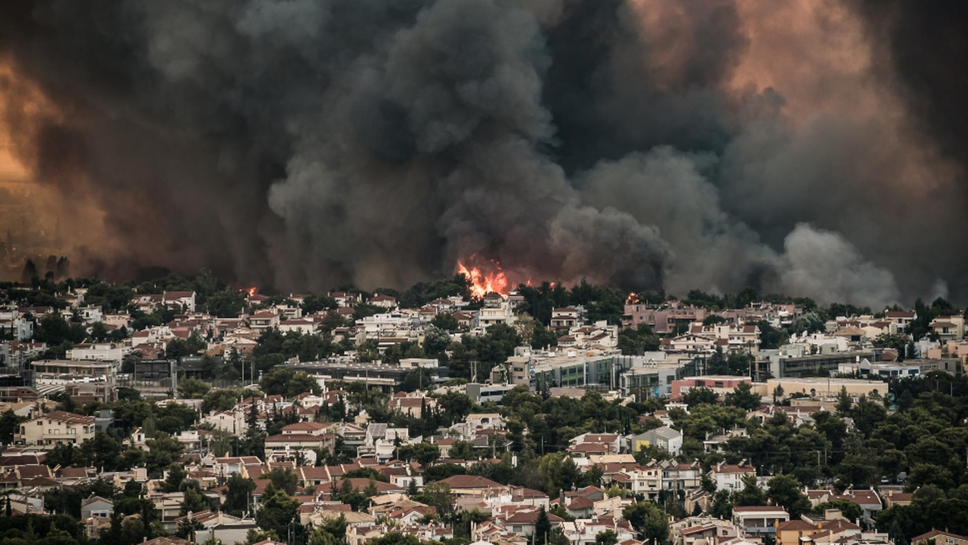 Incendiile devastatoare din Grecia au dus la remanierea guvernului de la Atena. Foto/Profimedia