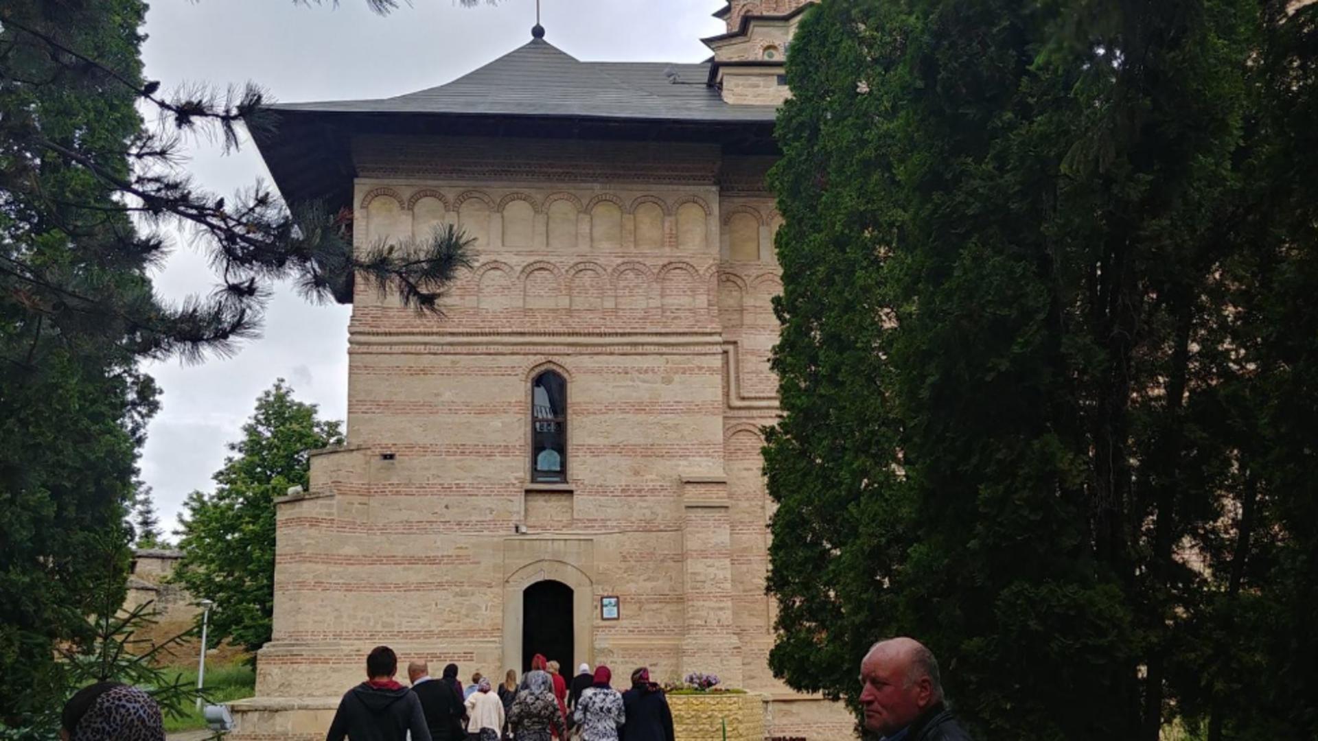 Focar de Covid-19 la Mânăstirea Galata, județul Iași. Foto/Facebook
