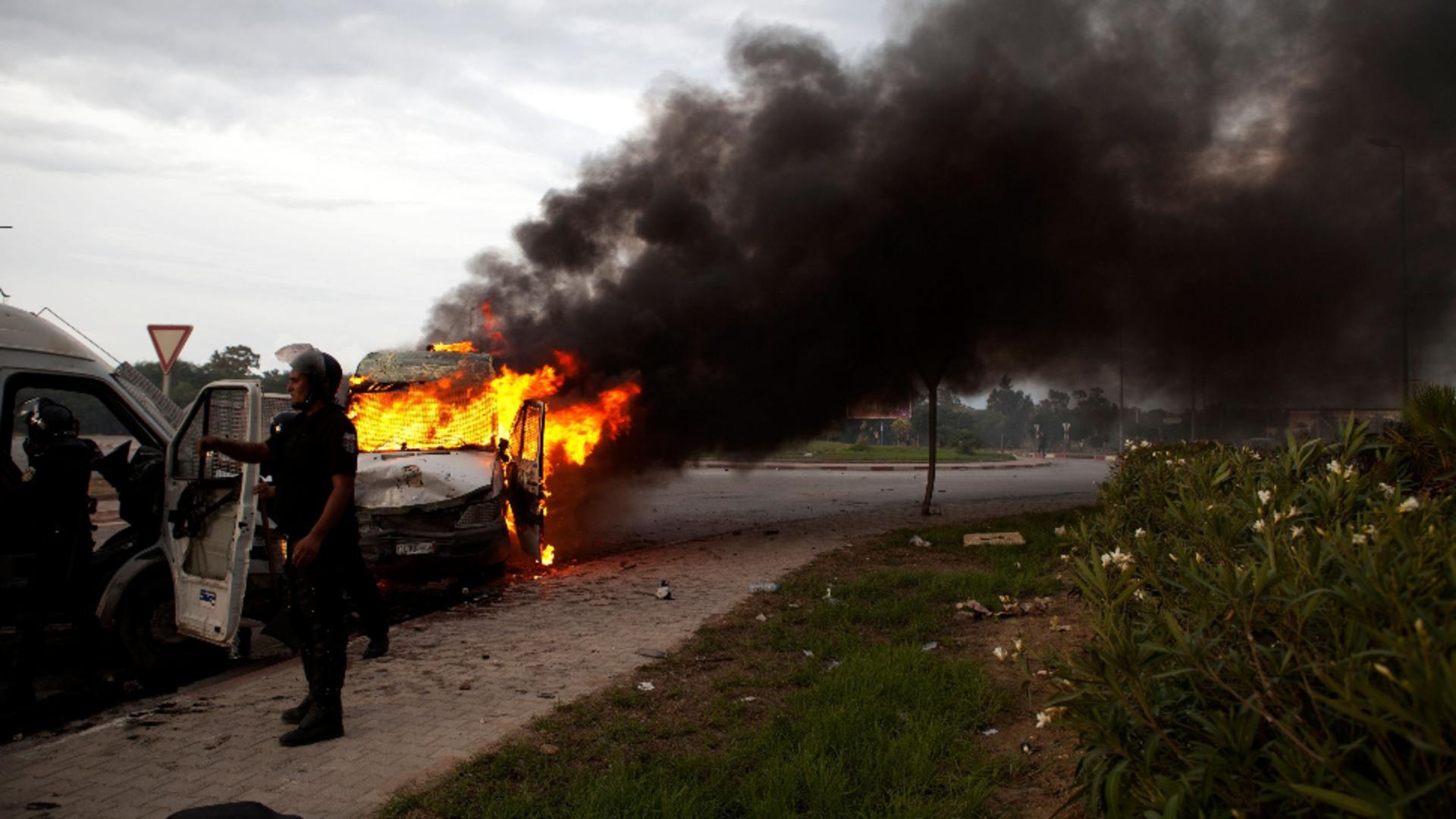 A dat foc la 4 mașini, dar instanța l-a iertat. Foto/Profimedia