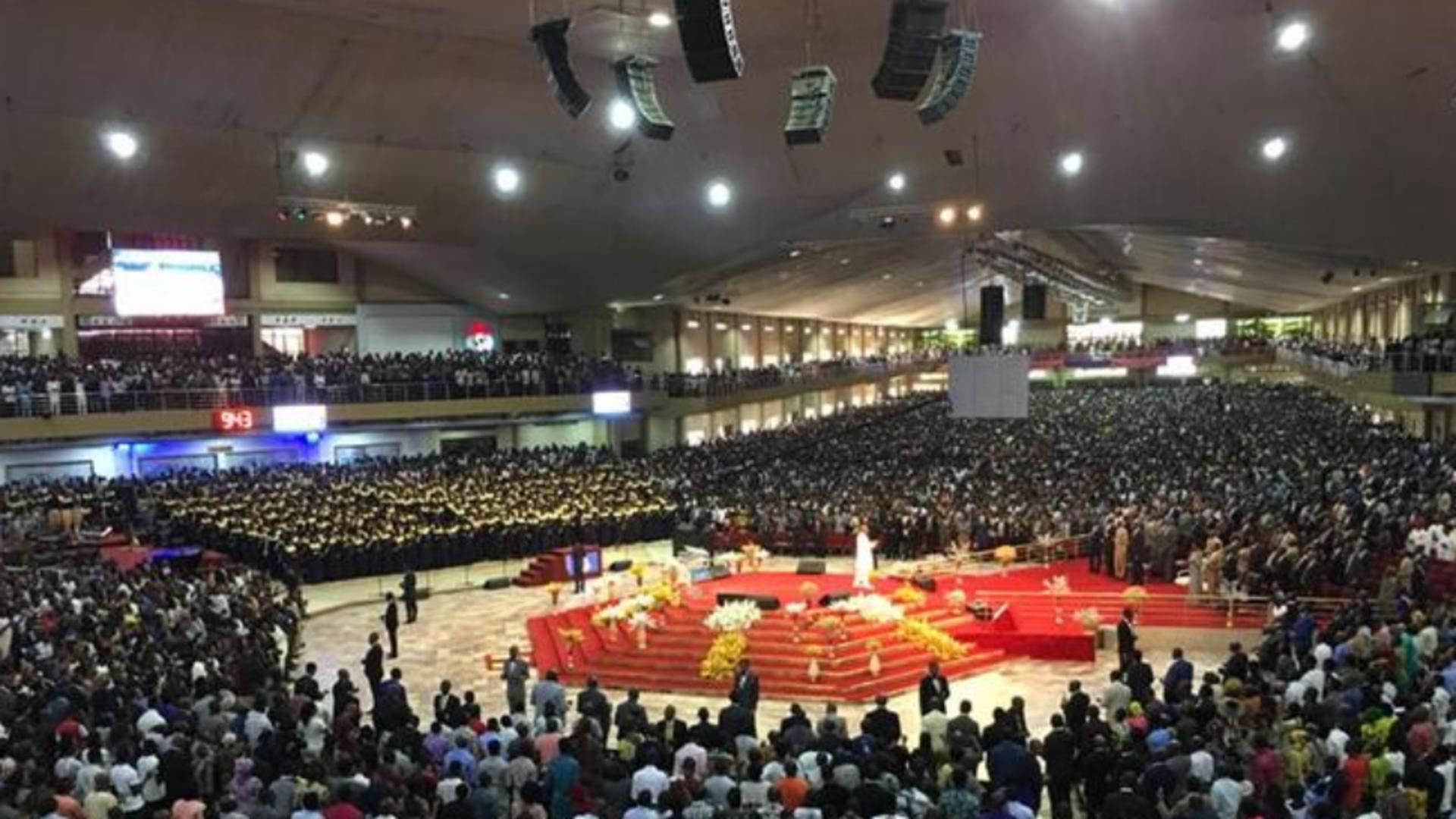 Cum arată cea mai mare biserică din lume, în care intră 1 milion de creștini Foto: DW.com