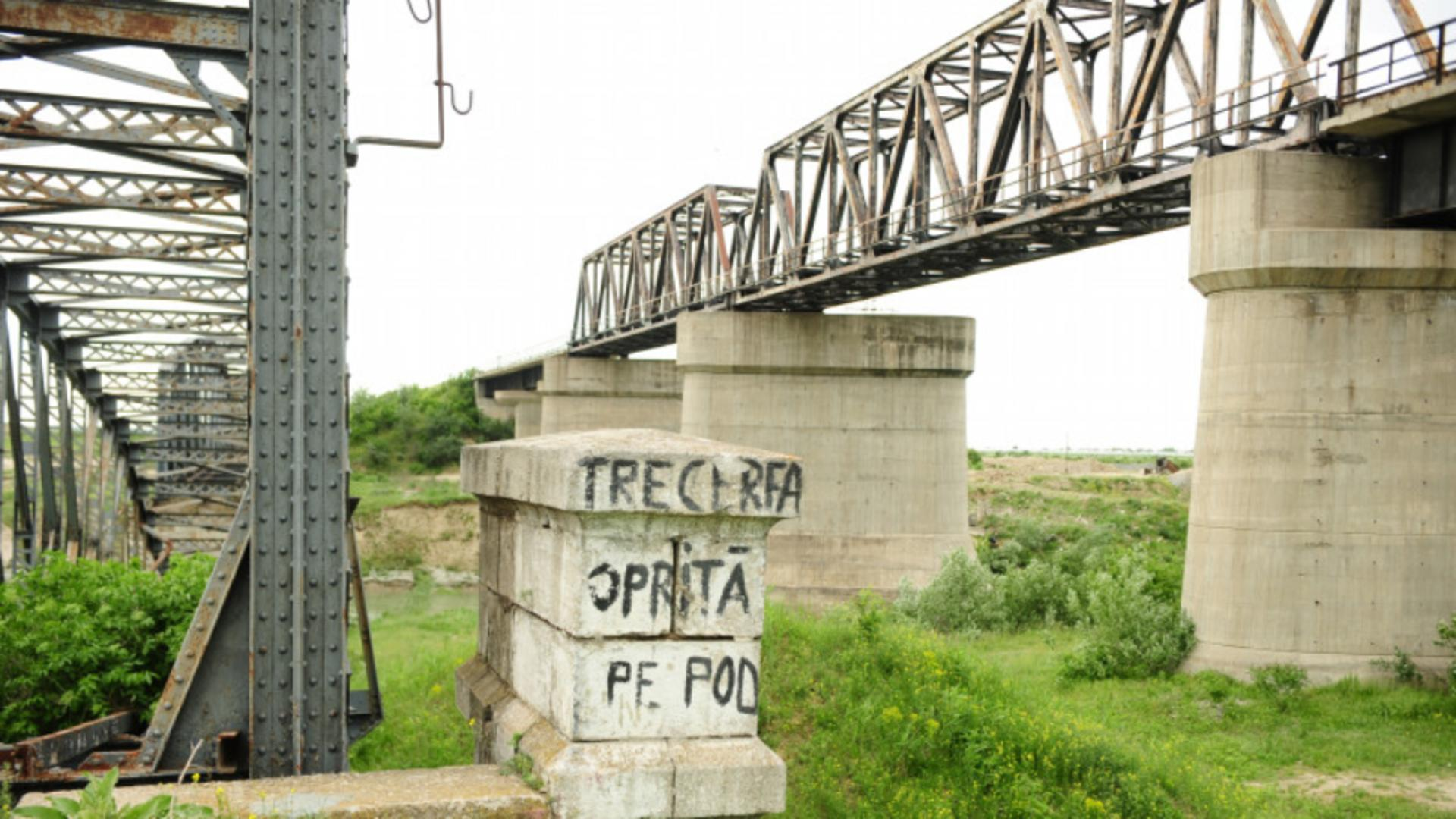 Un pod rupt a întrerupt circulația feroviară de la București la Giurgiu timp de 16 ani. Foto/Arhivă
