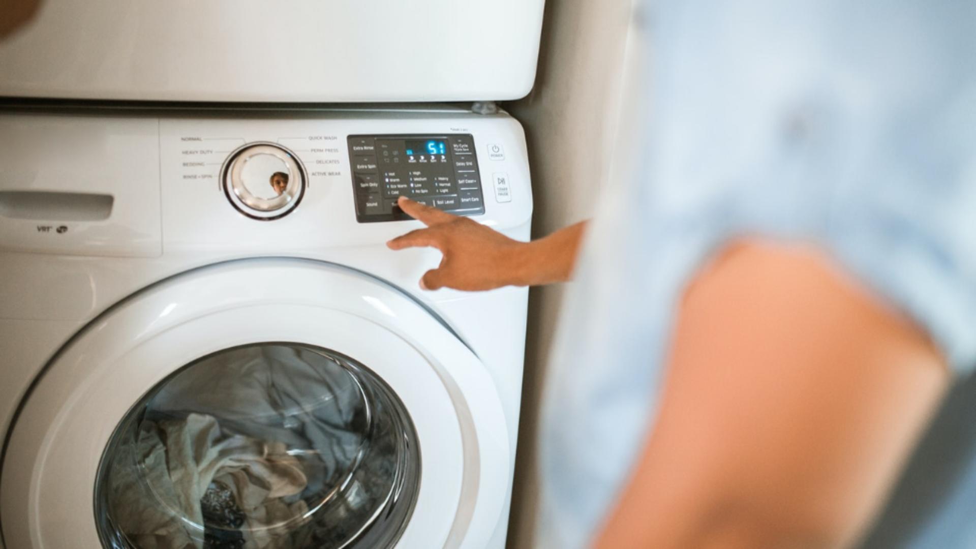 Mașină de spălat