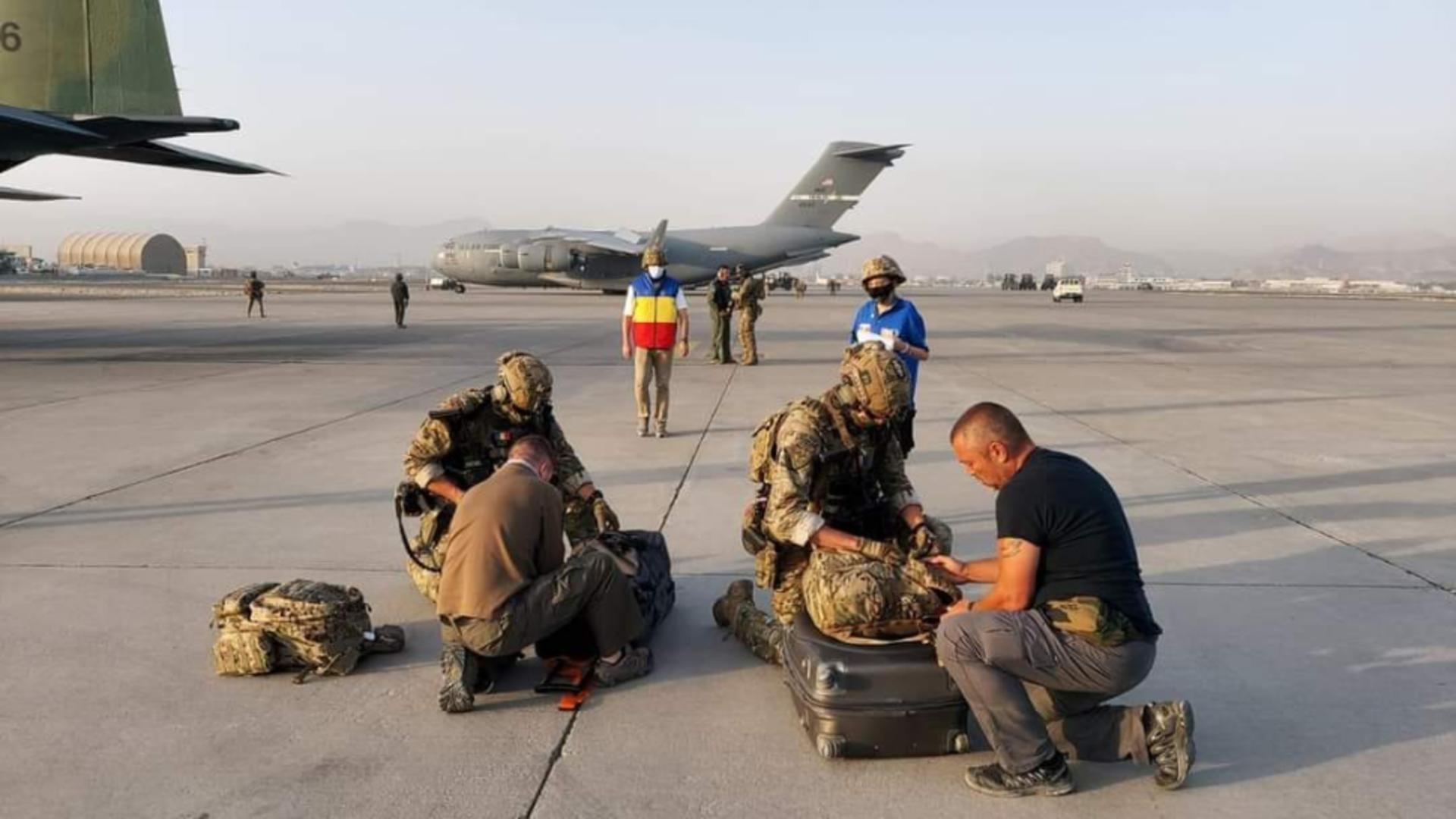O româncă nu vrea să părăsească Afganistanul. Spune că e liniște. Foto/Inquam