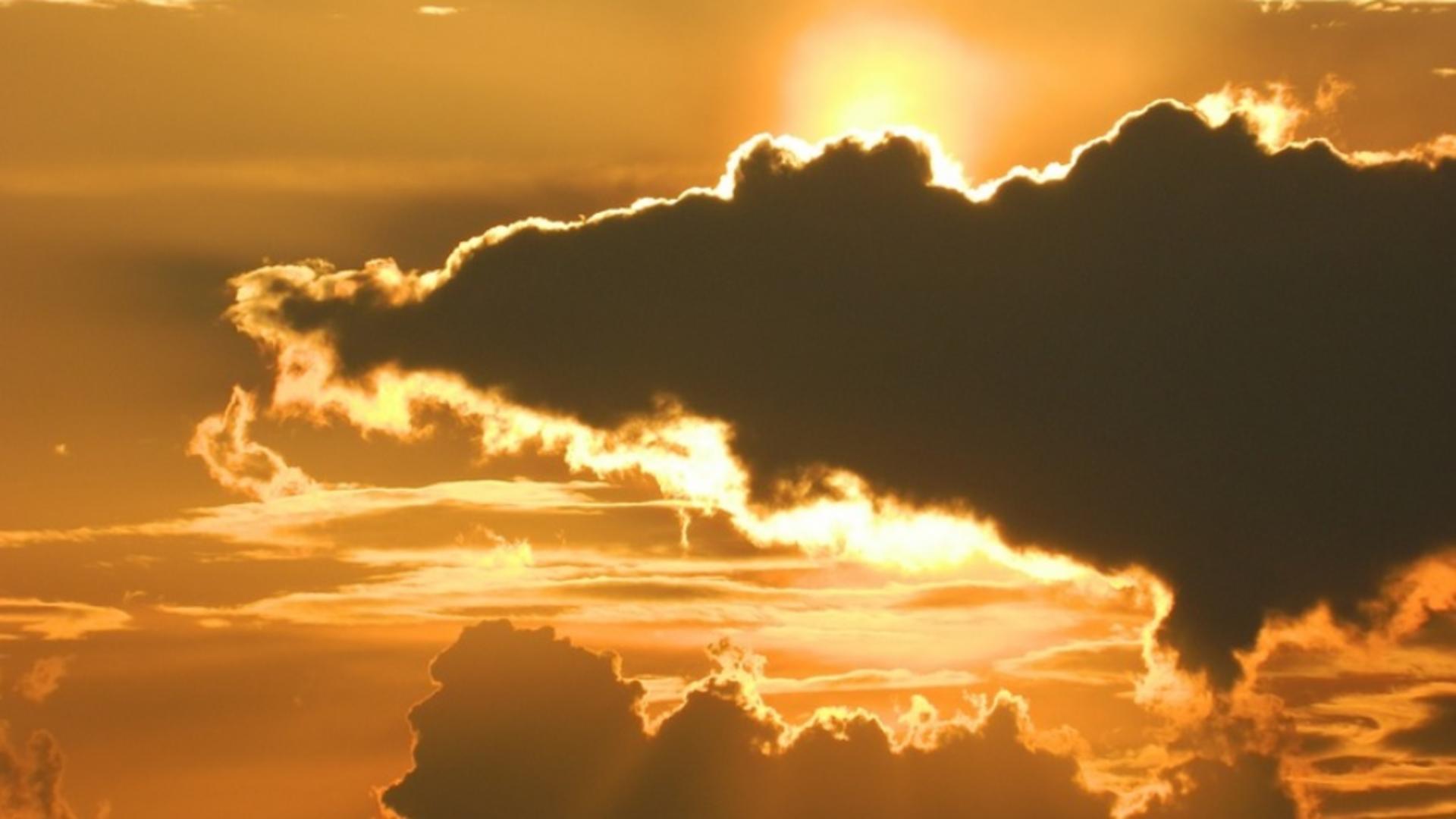 Cod galben de CANICULĂ - zile de FOC, temperaturi insuportabile. Urmează FURTUNI și VIJELII - HARTA extremelor