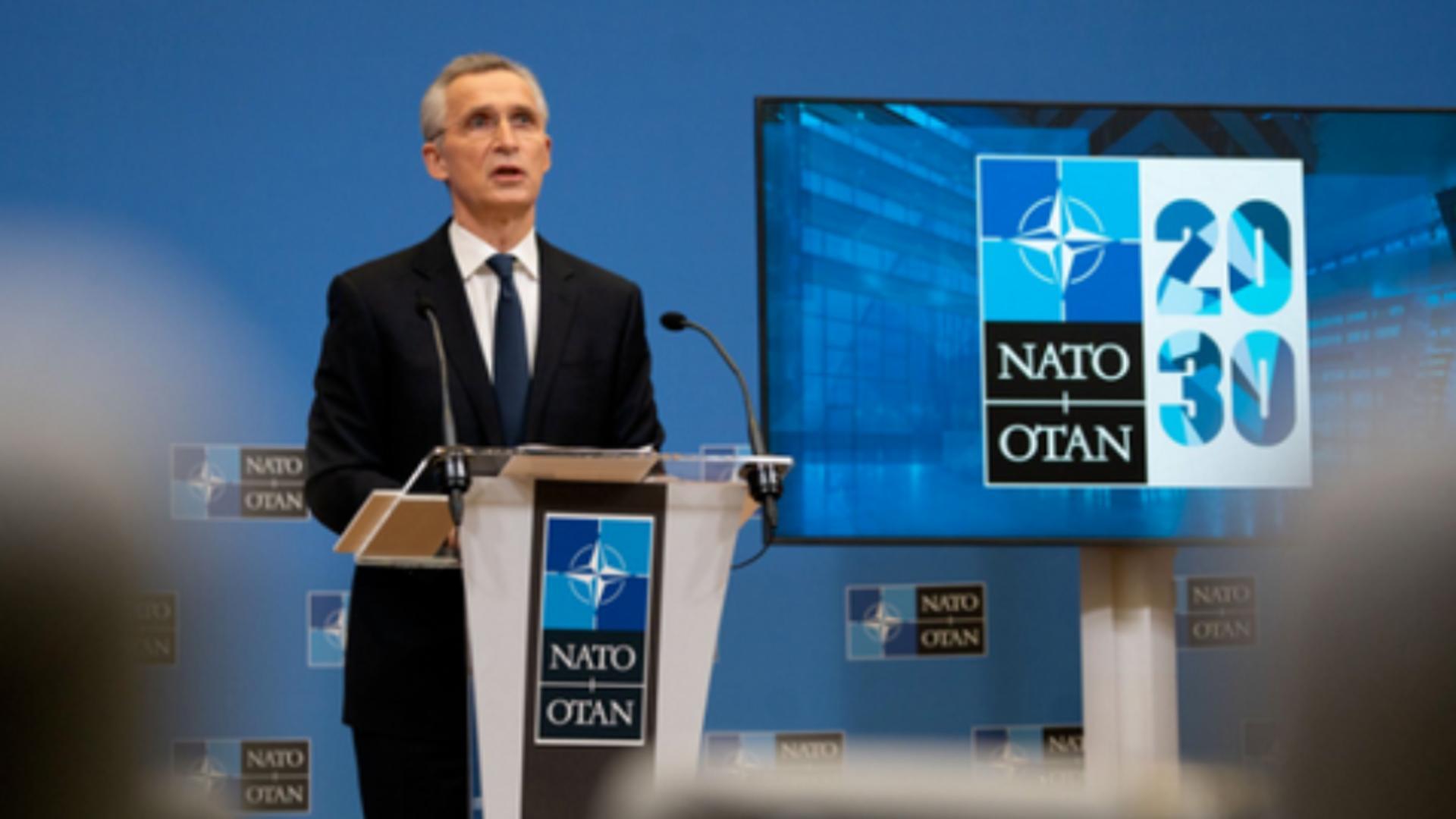 Jens Stoltenberg conduce reuniunea de urgență a NATO după violențele talibanilor în Afganistan