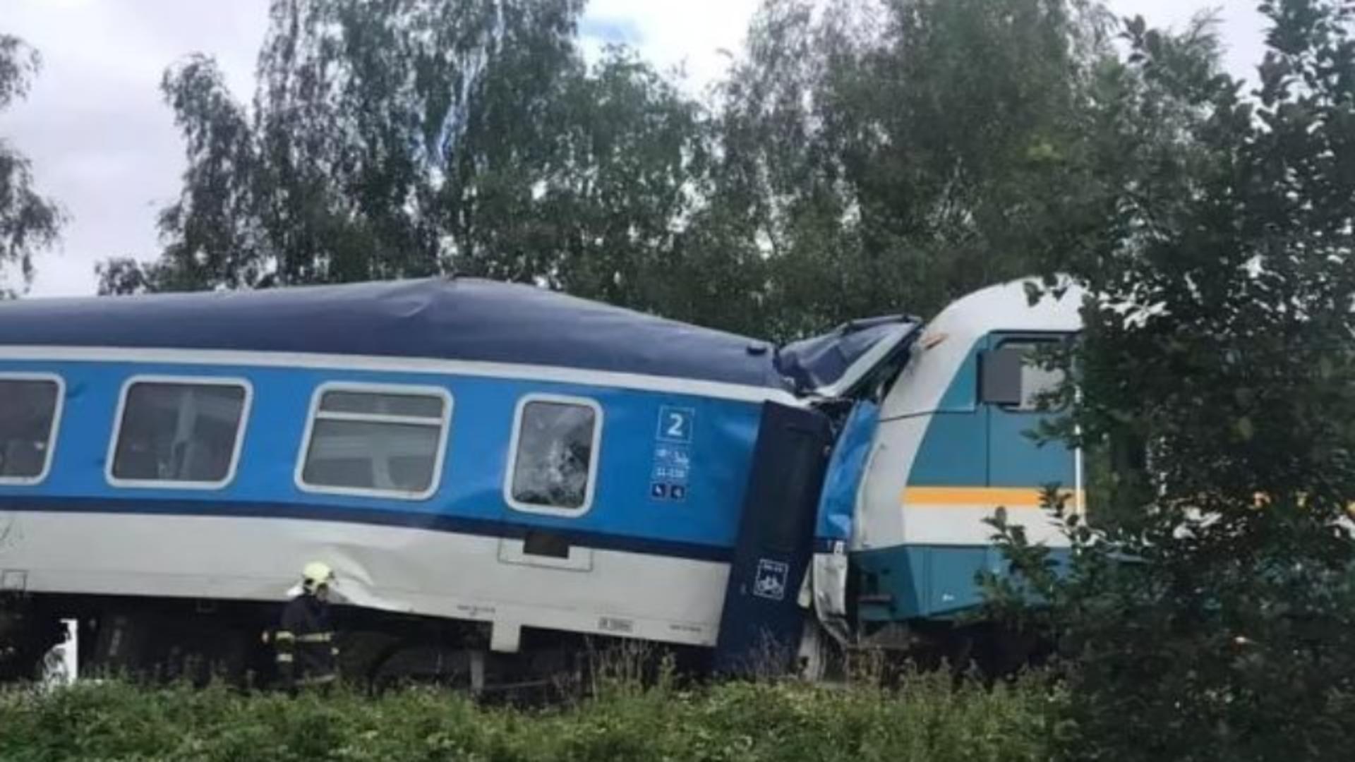 Tren deraiat (foto arhiva)