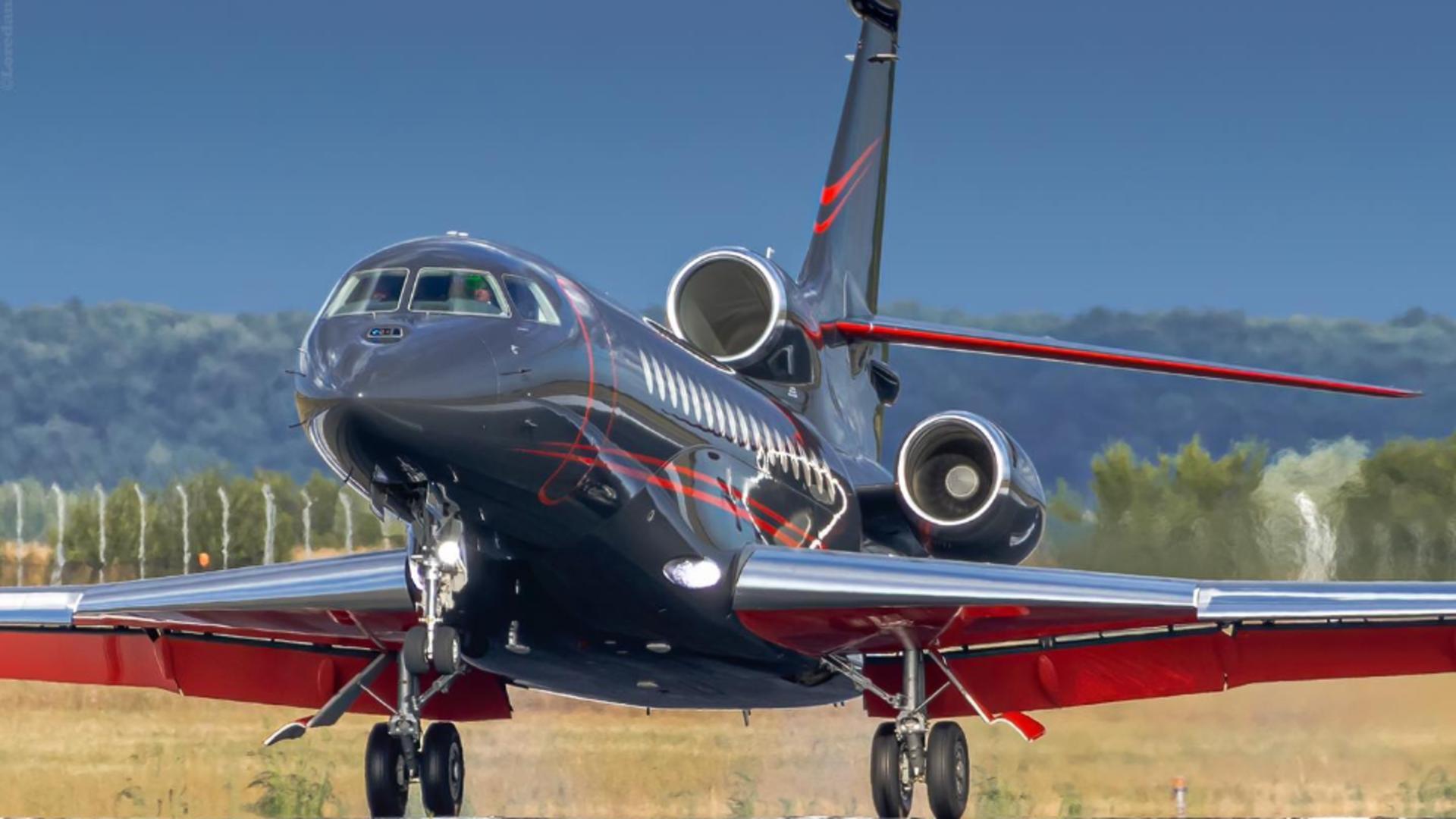 Iohannis a zburat în SUA cu un avion privat de lux