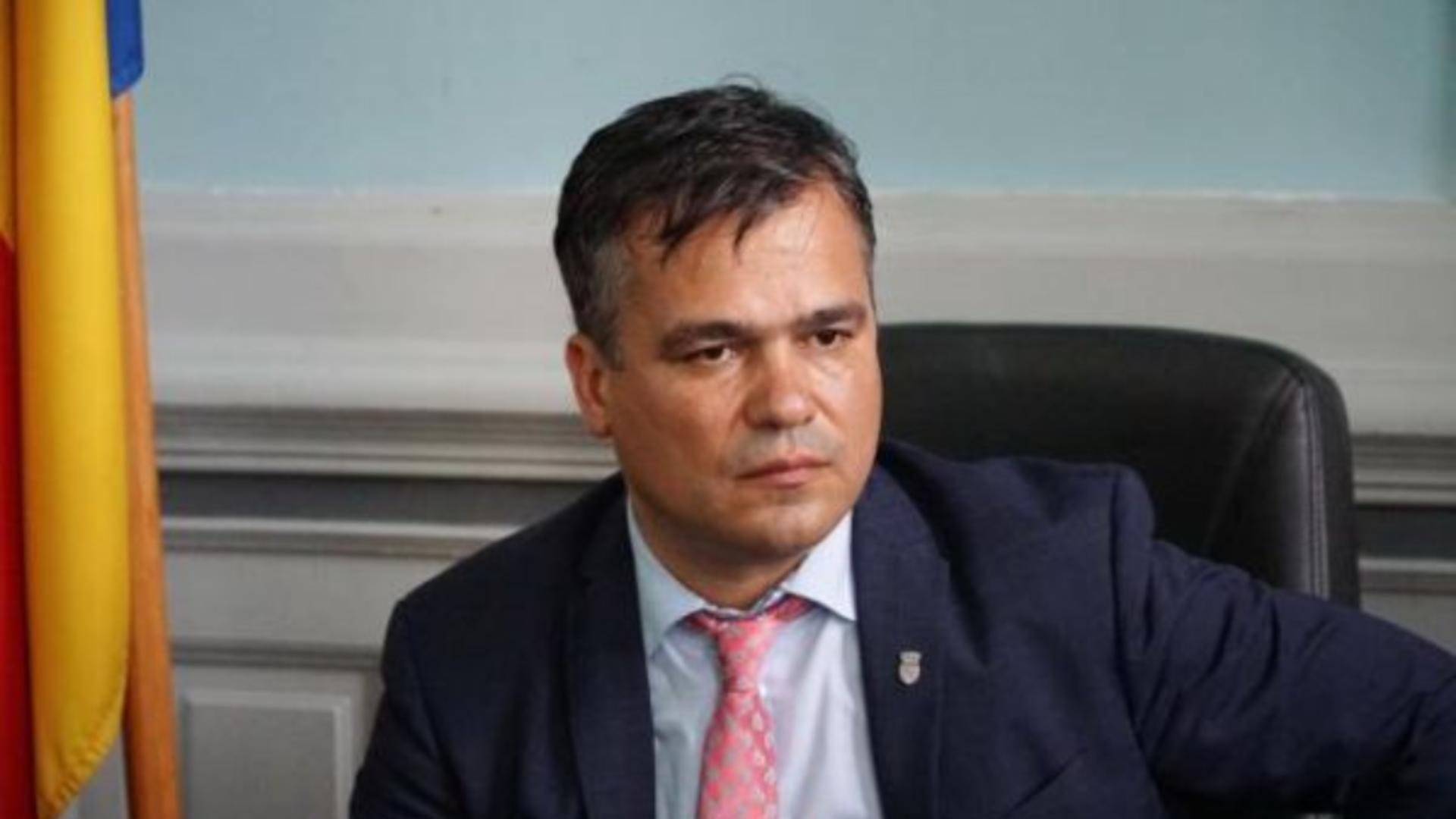 Adrian Veștea