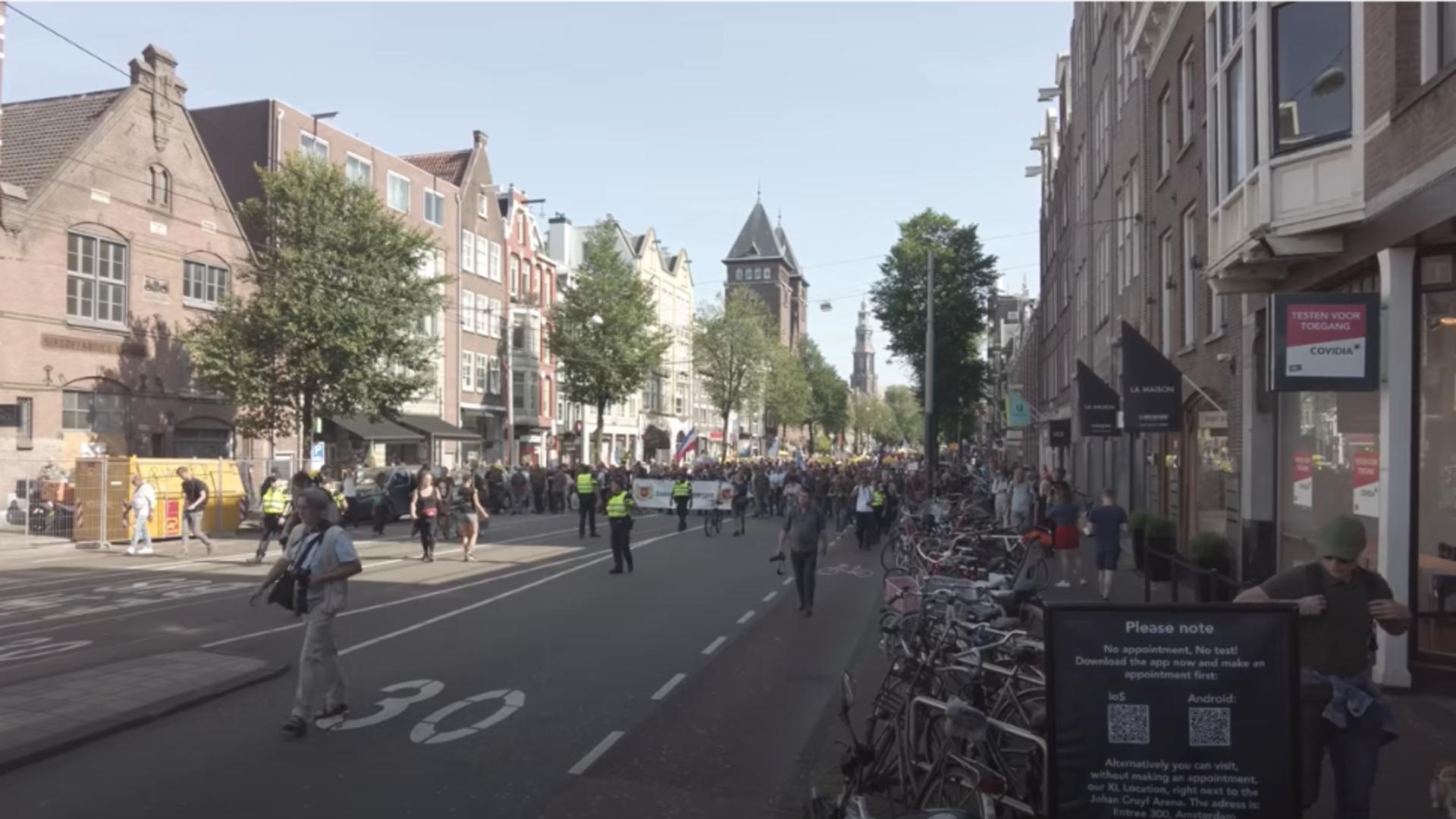 Protest Amsterdam. Foto: captură YouTube