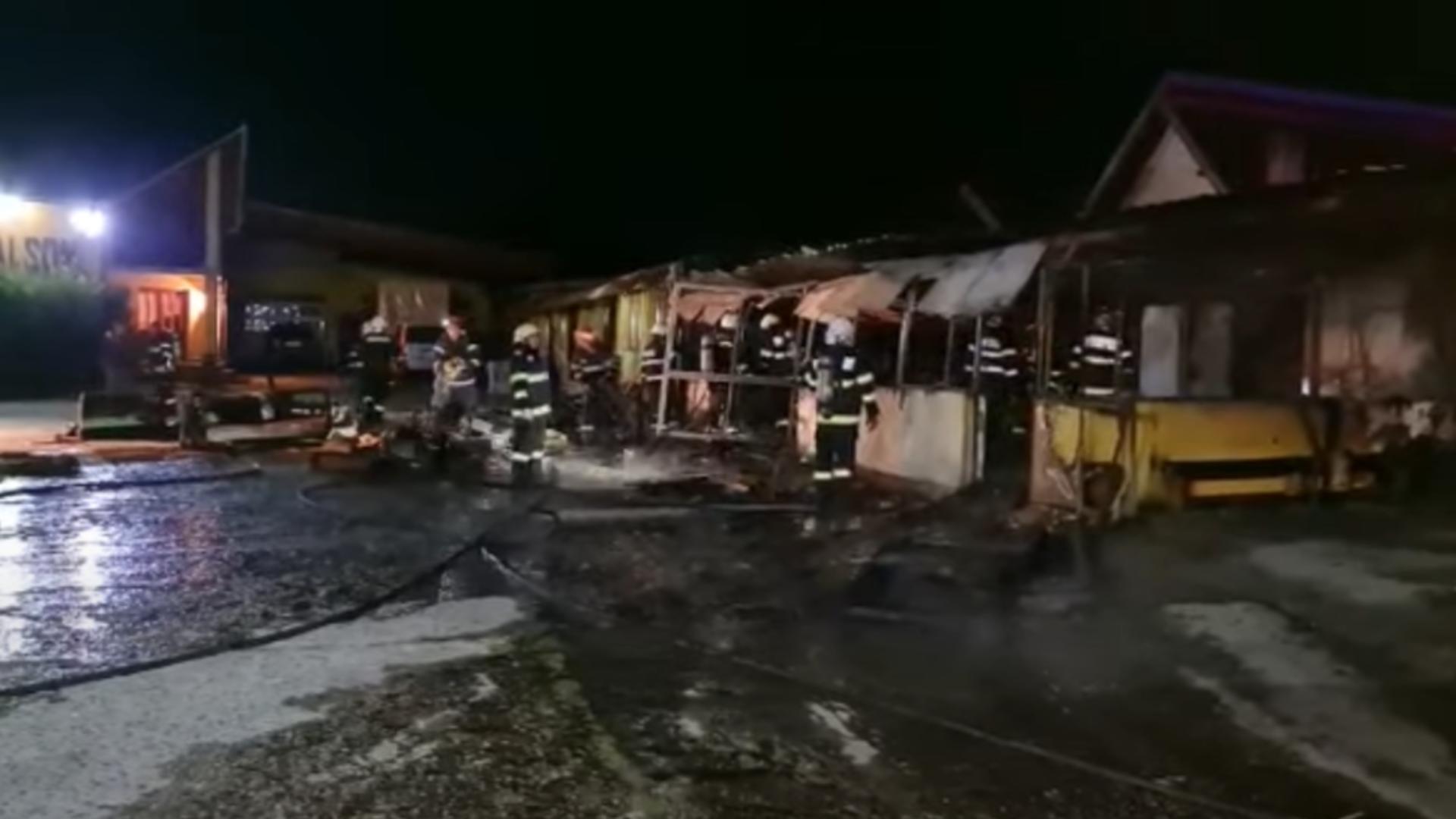 Incendiu la o fabrică de mobilă. Foto: captură YouTube