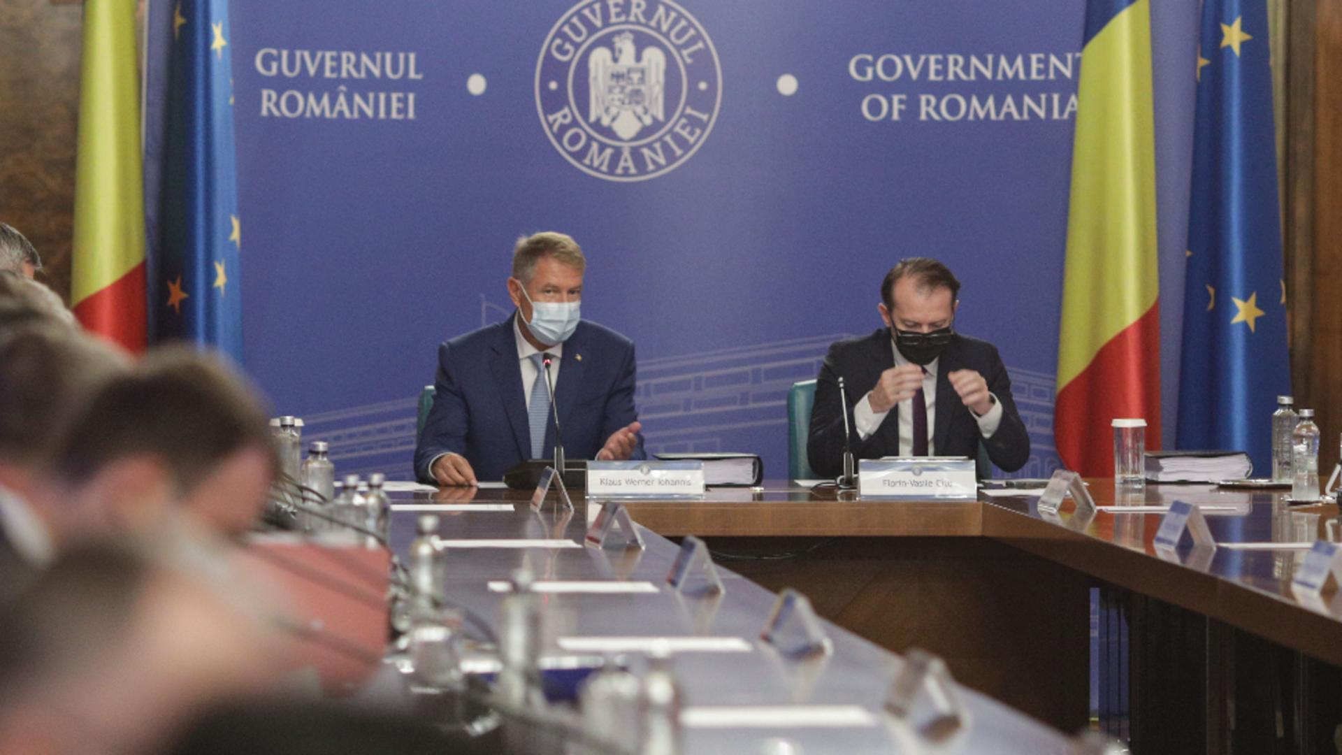 Klaus Iohannis și Florin Cîțu / Inquam Photos / Octav Ganea
