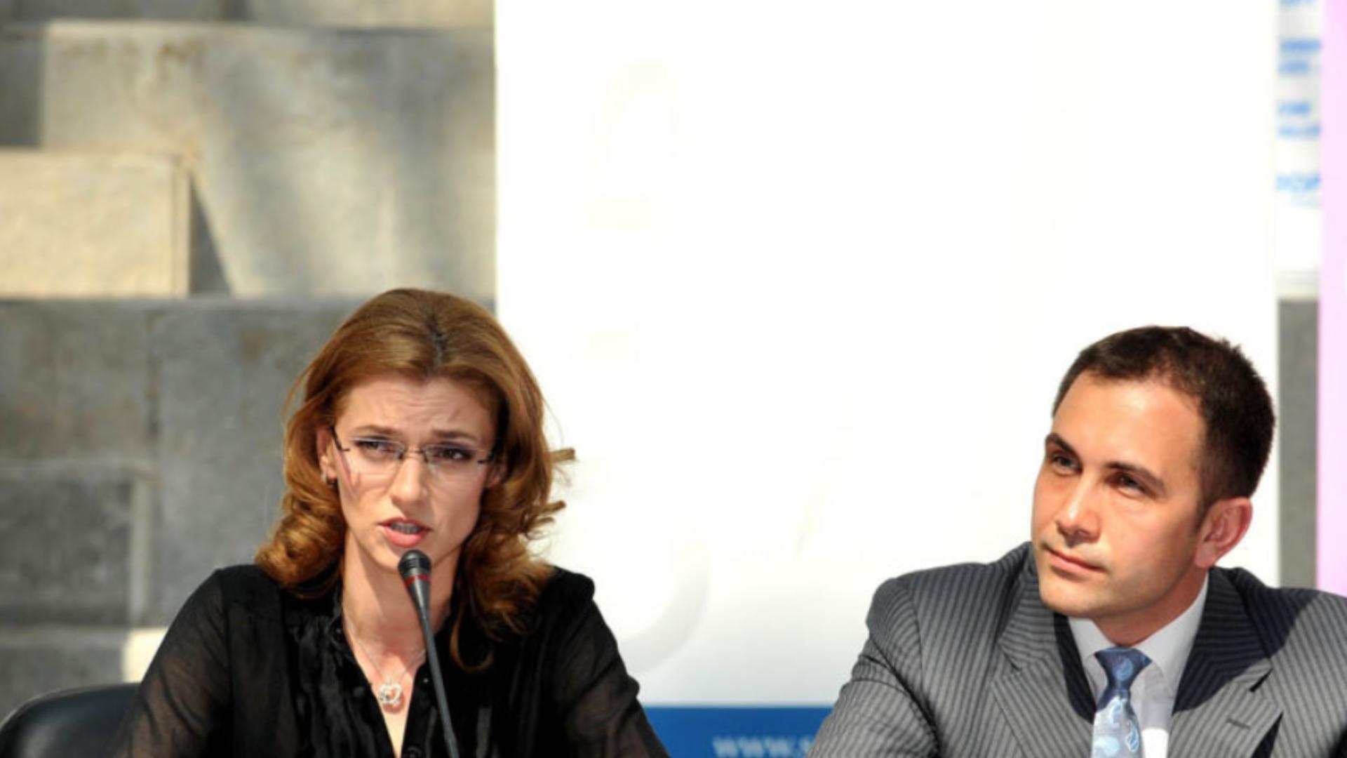 Alina Gorghiu și Lucian Isar