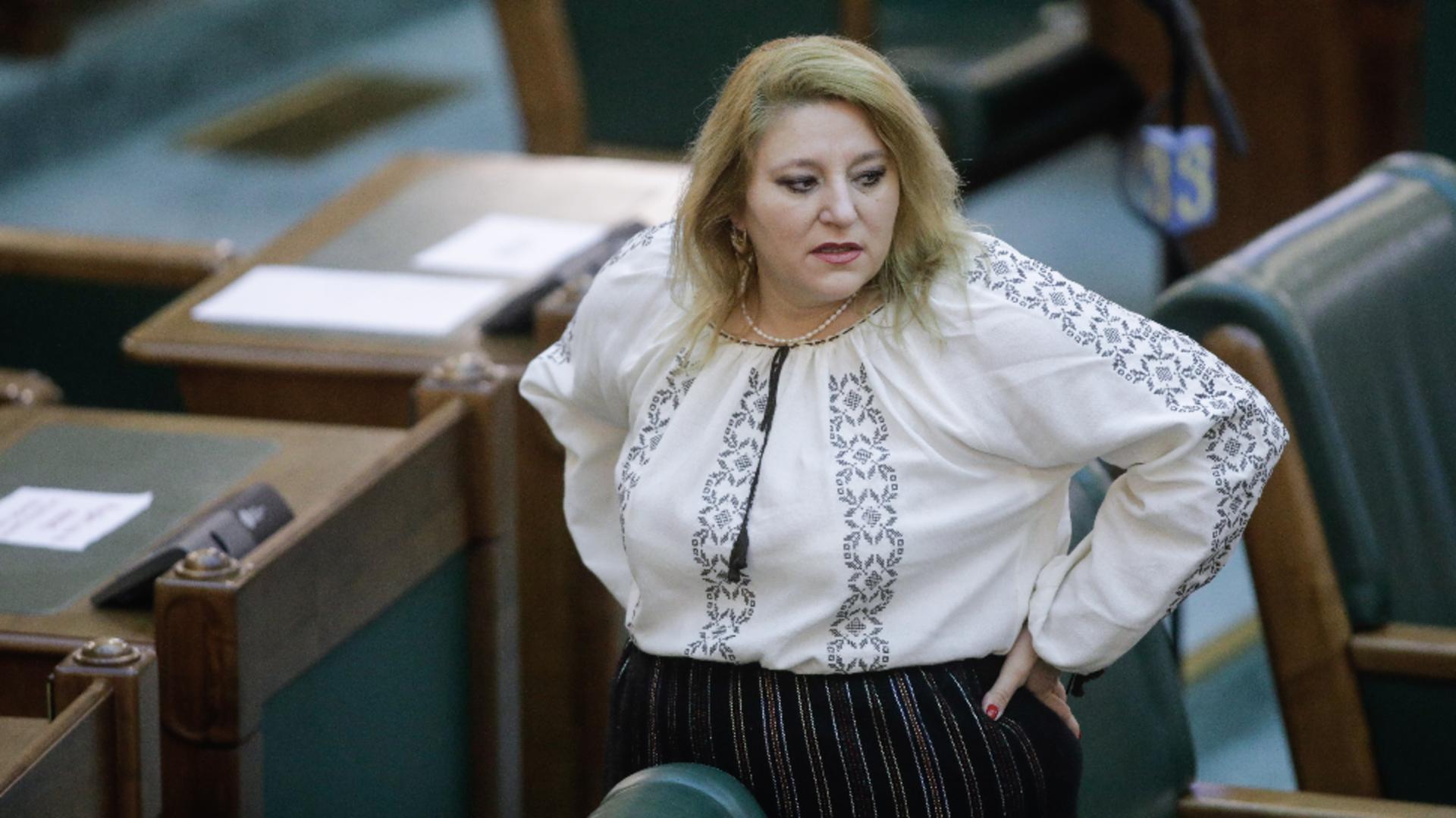 Șoșoacă, scandal monstru în Piața Mare din Sibiu / Foto: Inquam Photos