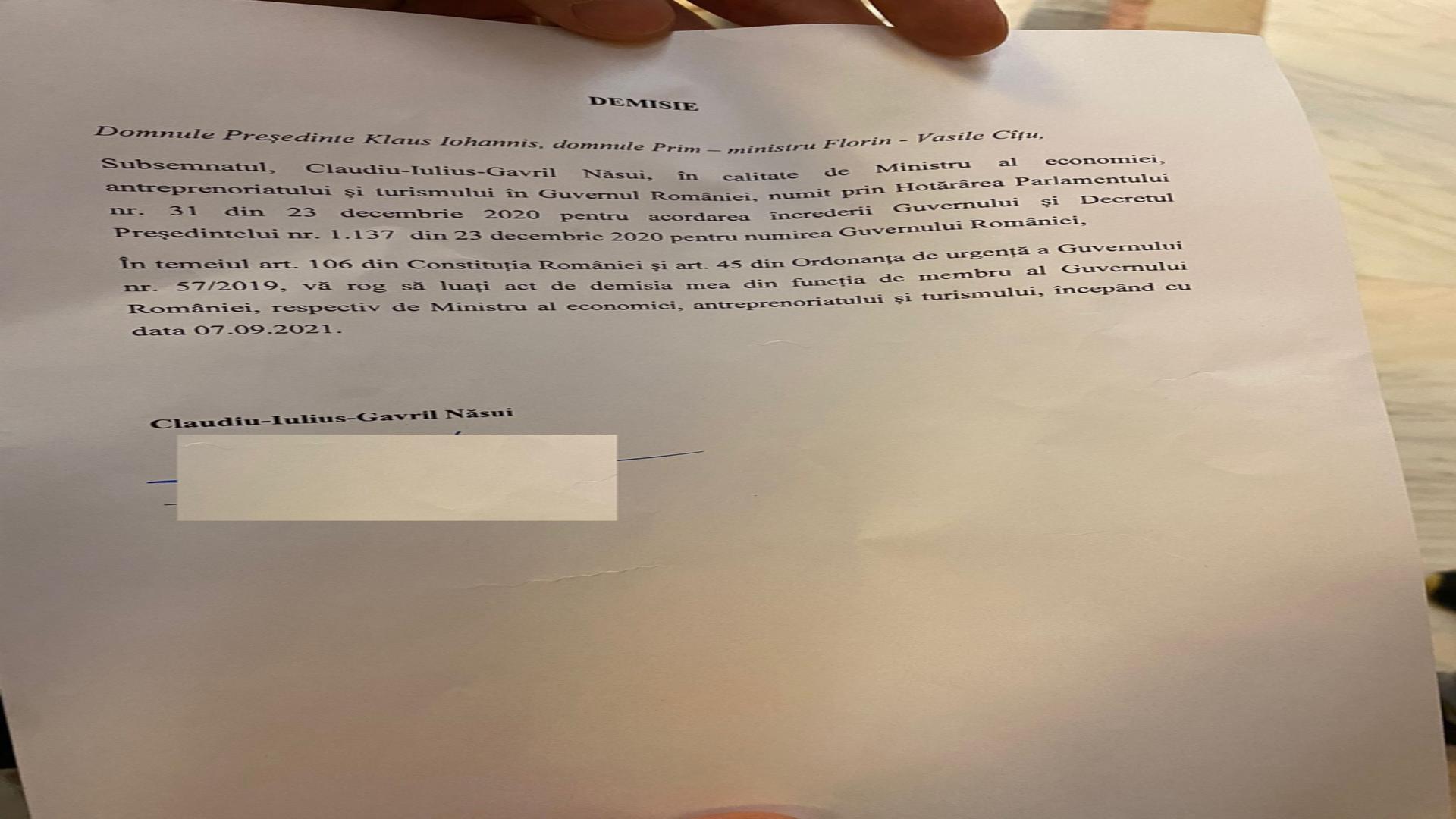 Miniștrii USR-PLUS și-au anunțat DEMISIA din Guvern