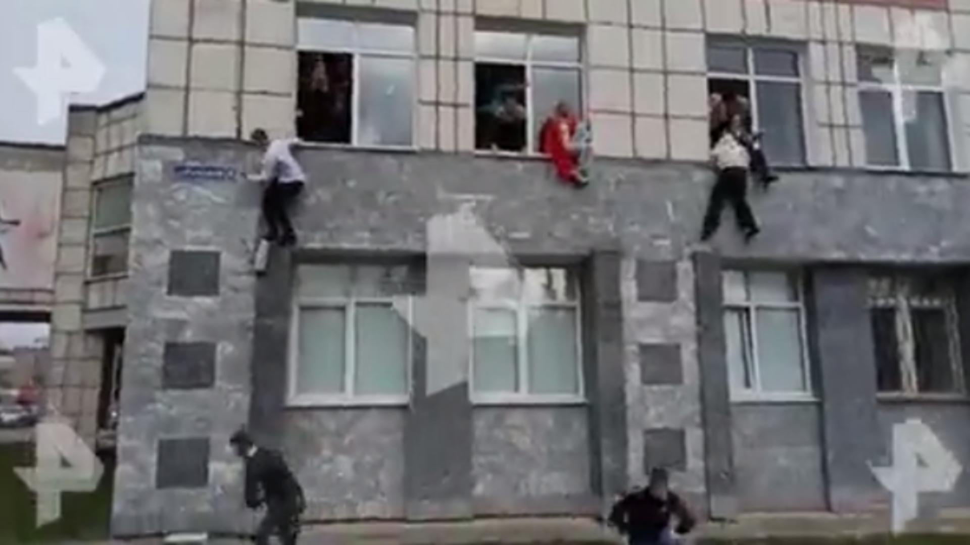 Rusia, atac armat la o universitate din Perm / Captură video Twitter