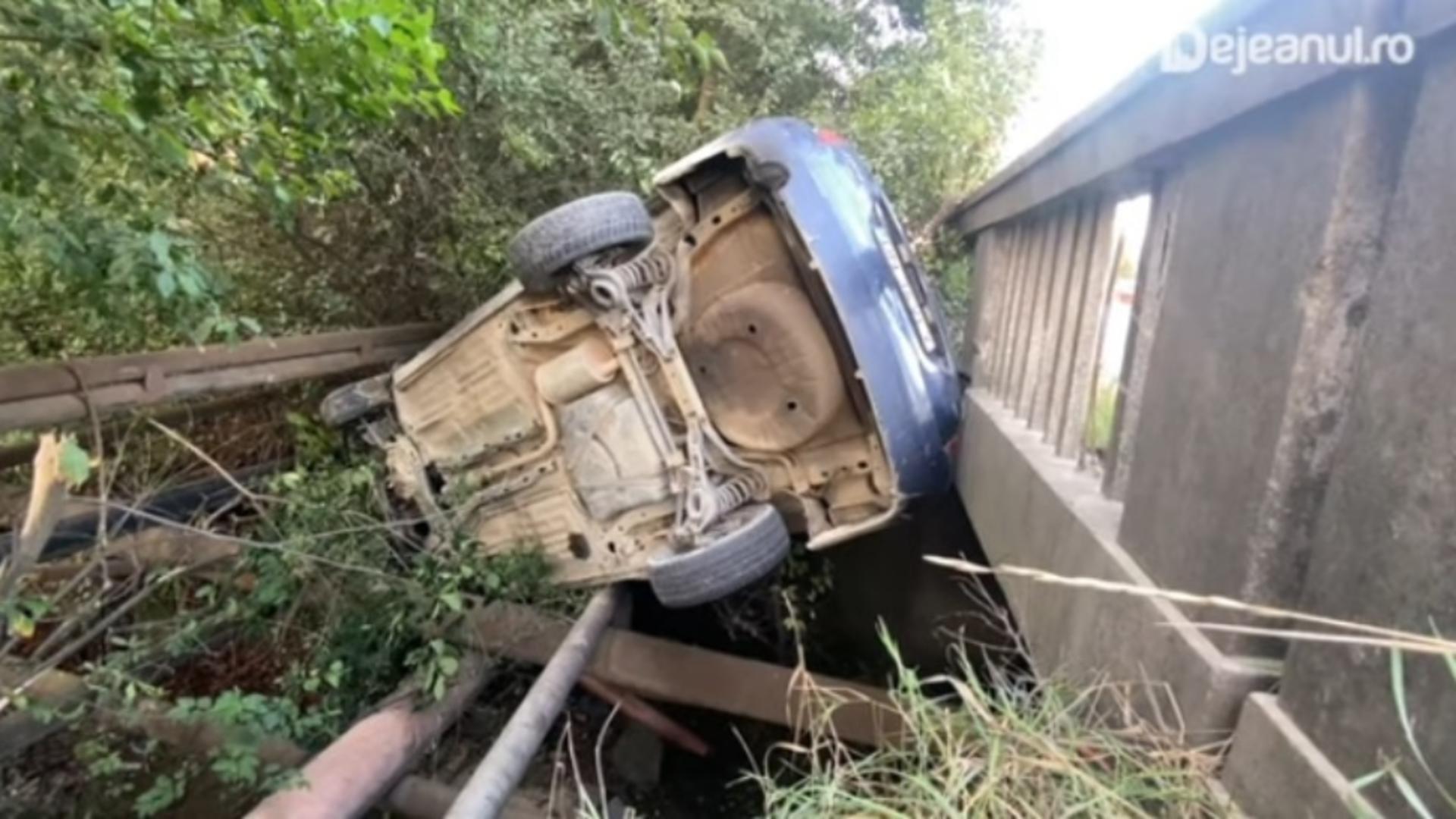 Bărbat beat și fără permis, accident cumplit cu mașina șefului