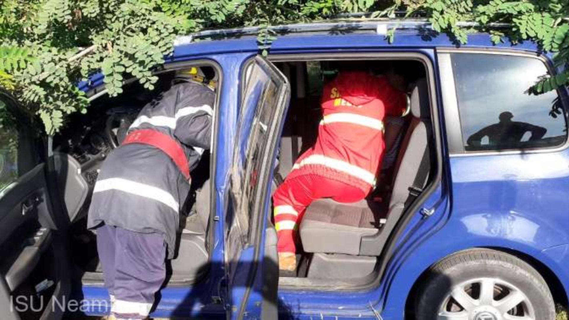 Foto arhivă. Reținuți pentru că au furat banii unei victime de accident rutier .