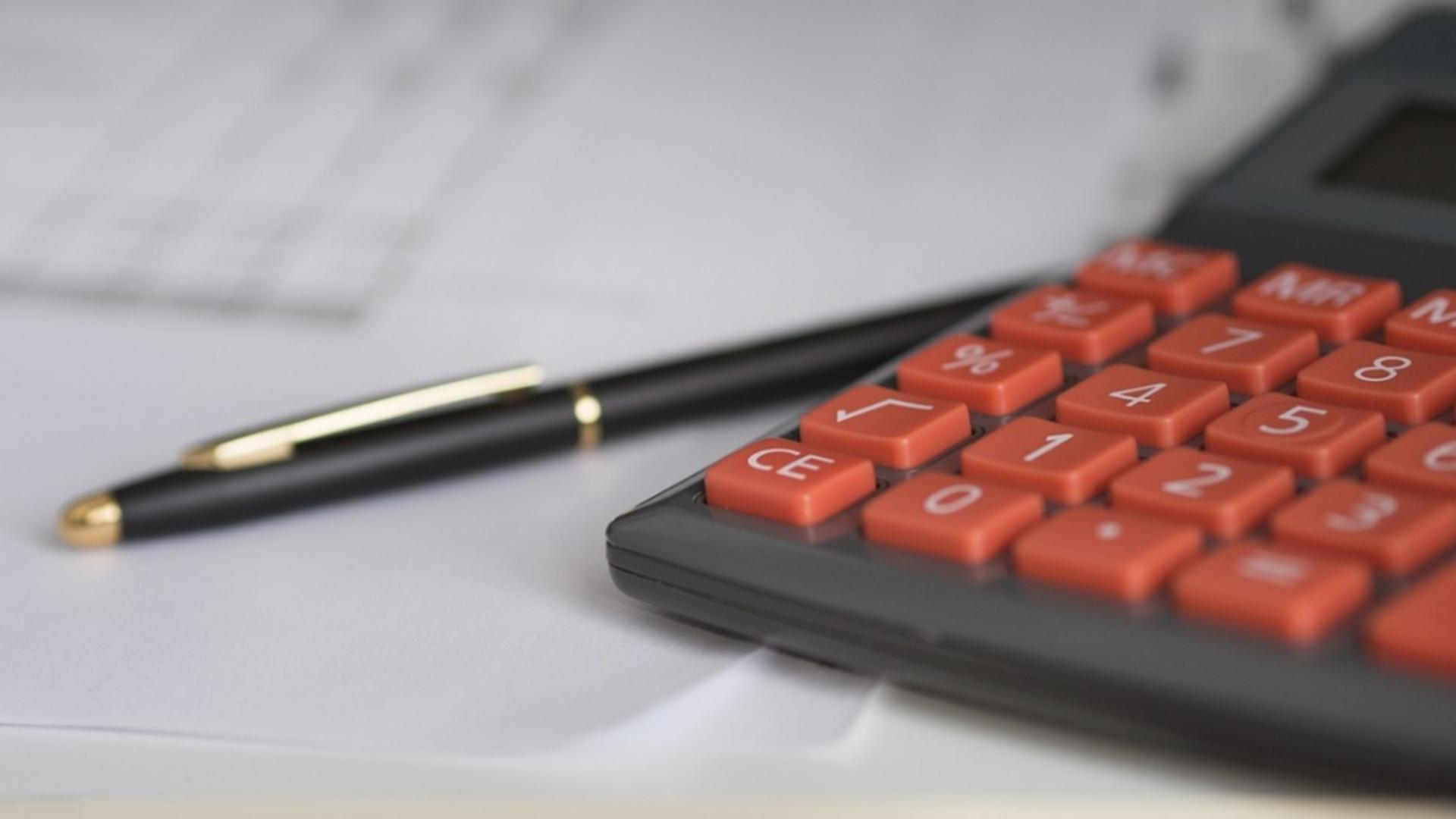 Asiguratorii își modifică Legea RCA printr-o Ordonanță de Urgență, pentru a-și maximiza profitul, pe banii asiguraților