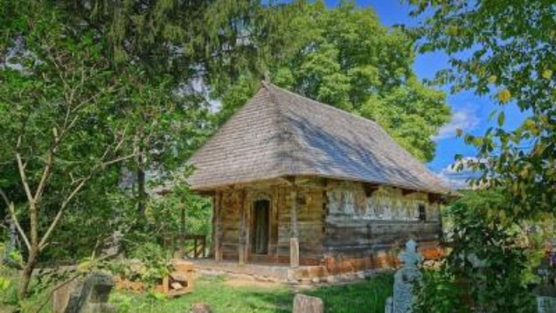 Cum a ajuns o biserică de lemn din România marea CÂȘTIGĂTOARE a anului 2021 la Premiile Europene pentru Patrimoniu