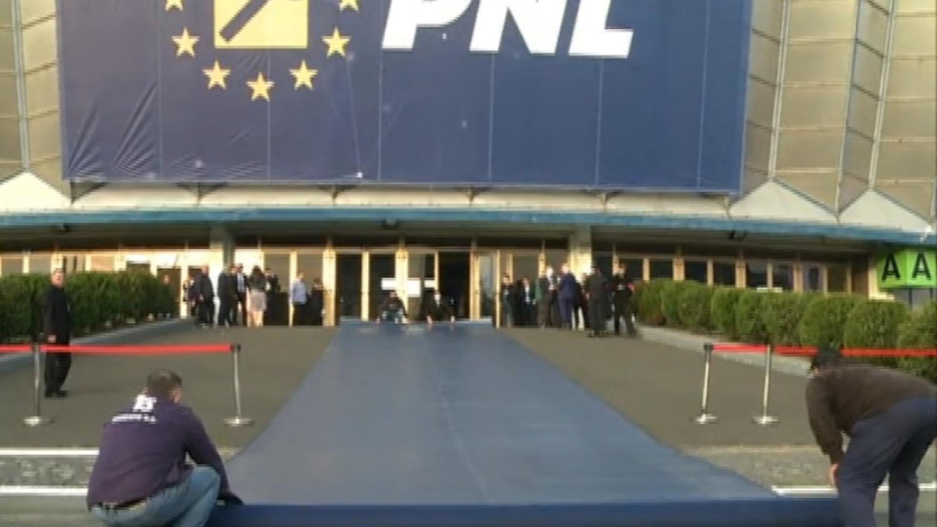 PSD joacă golf la Congresul PNL