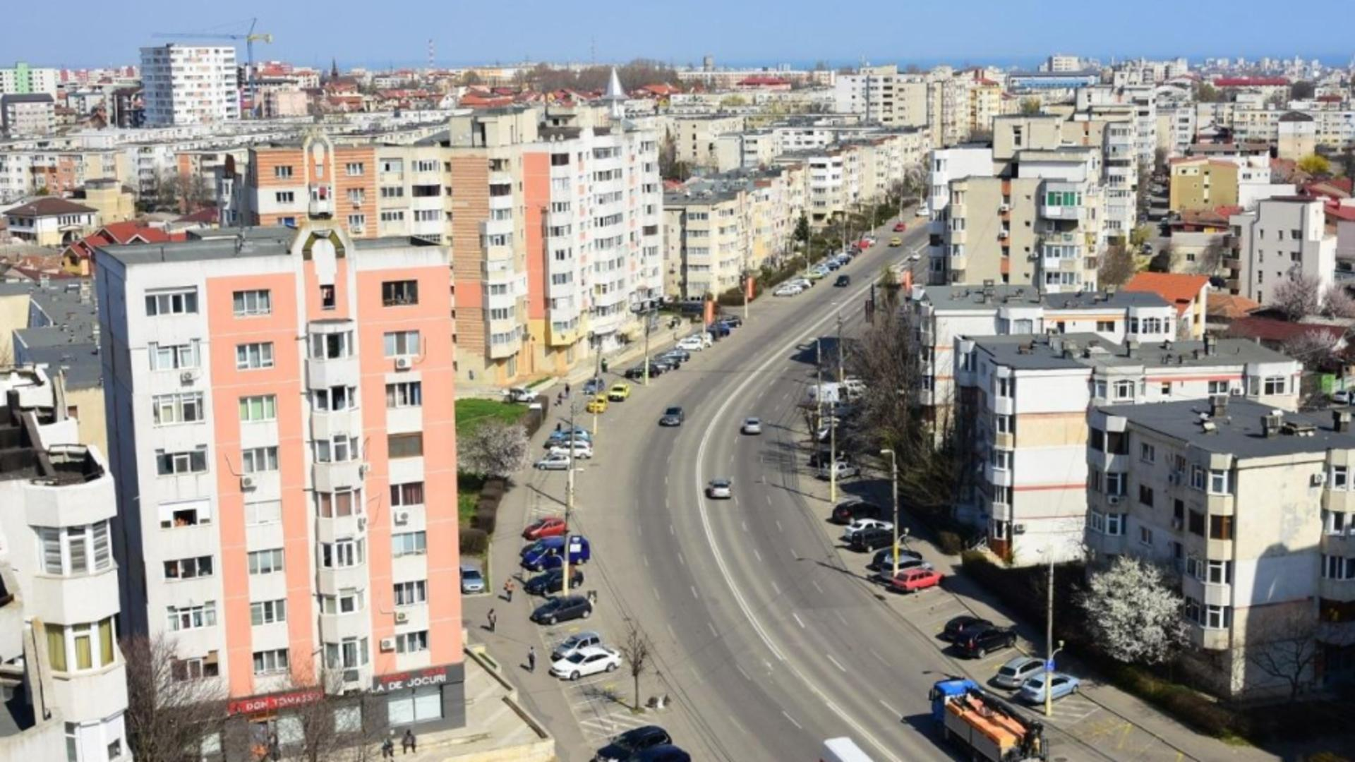 Constănțenii, terorizați de mirosuri groaznice de mai multe zile - Autoritățile NU știu de ce Foto: ct100.ro
