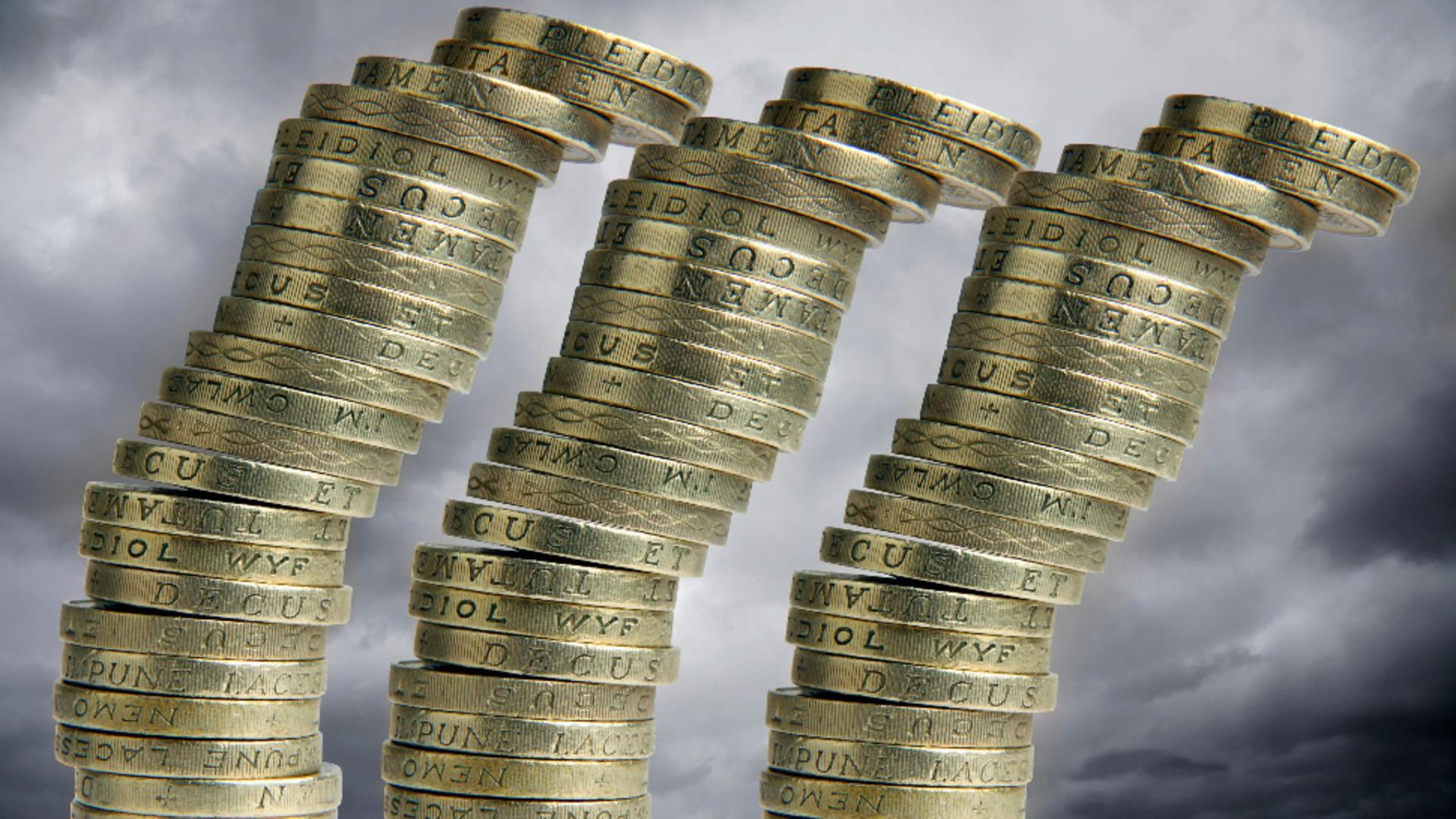 Economia se clatină. Avertismentul finanțiștilor. Foto/Profimedia