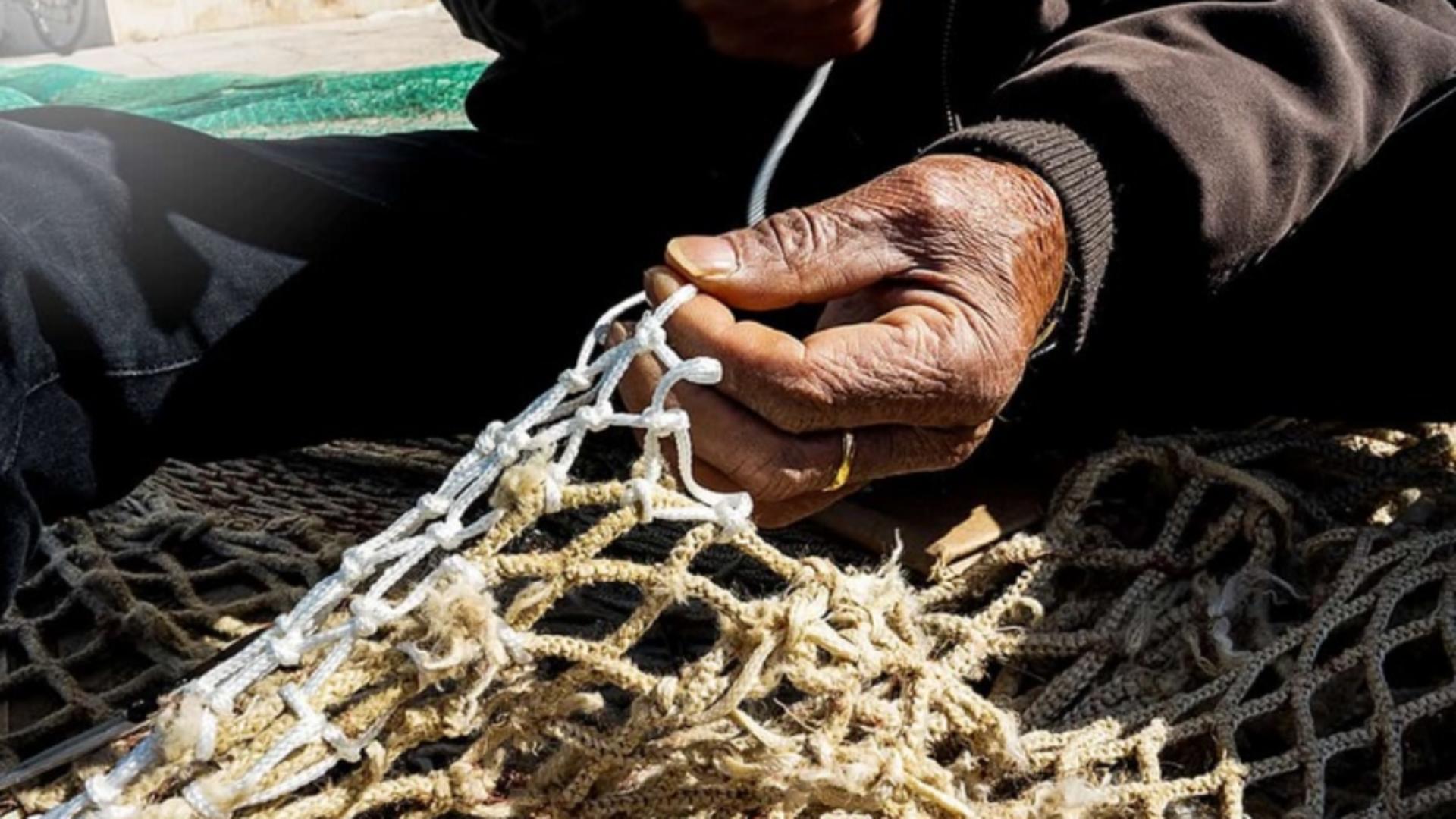 Pescar arestat, după ce a prins în plasă un bărbat MORT și l-a aruncat înapoi în mare