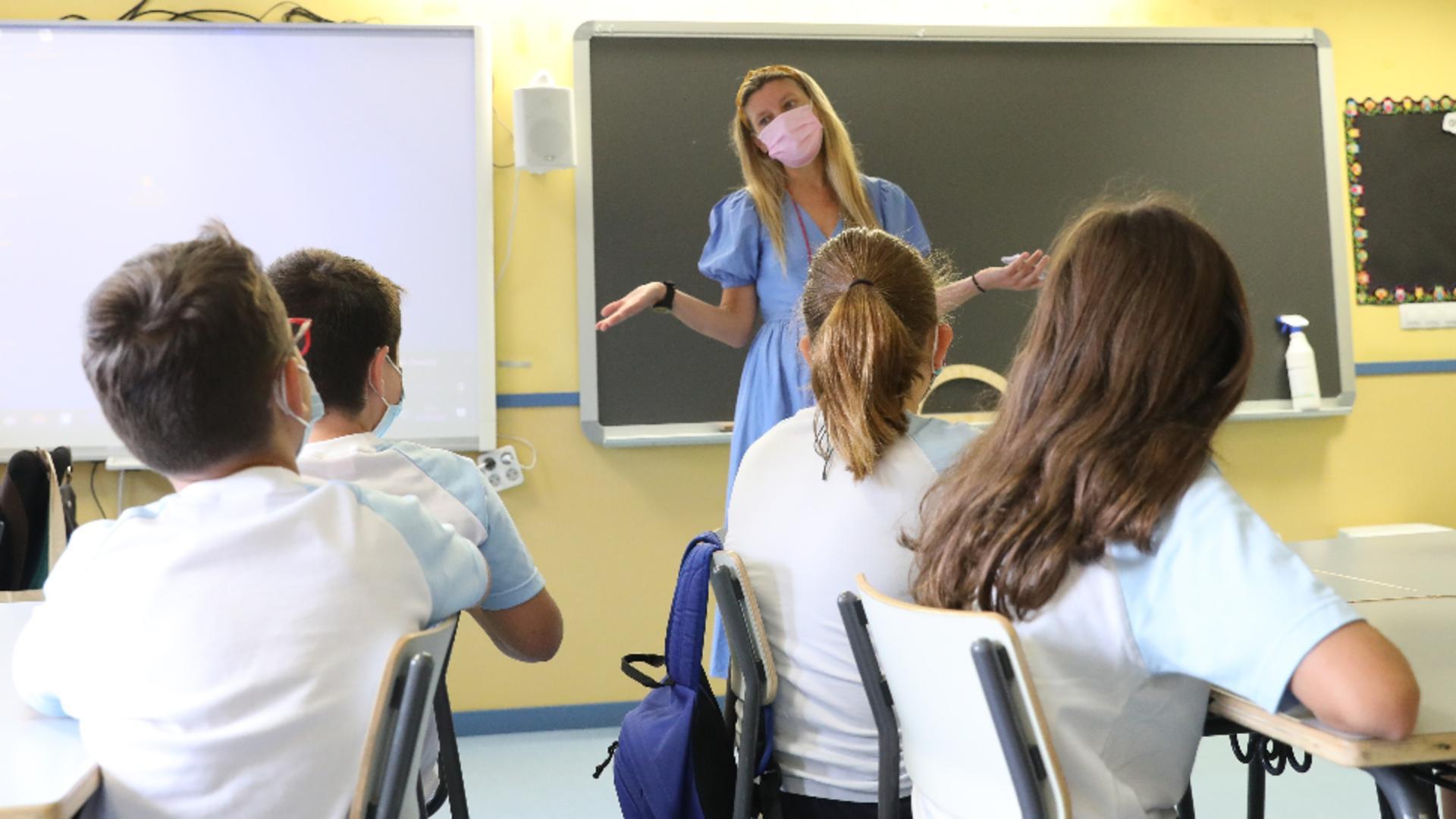 Ce se întâmplă când un elev este depistat cu Covid / Foto: Profi Media