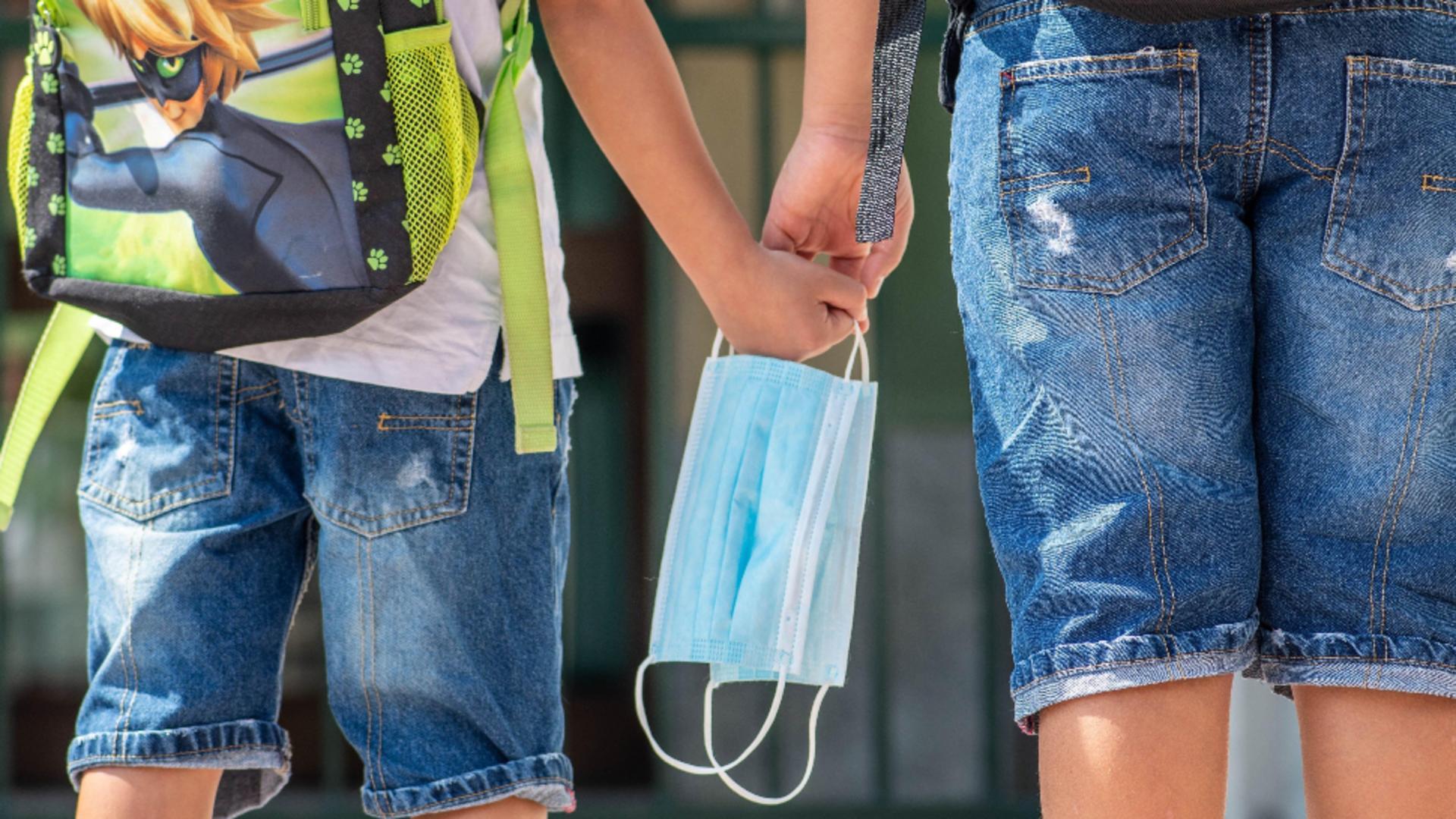 Rata de infectare în București a ajuns la 5,57 la mia de locuitori. Școlile, la un pas de sistemul ONLINE