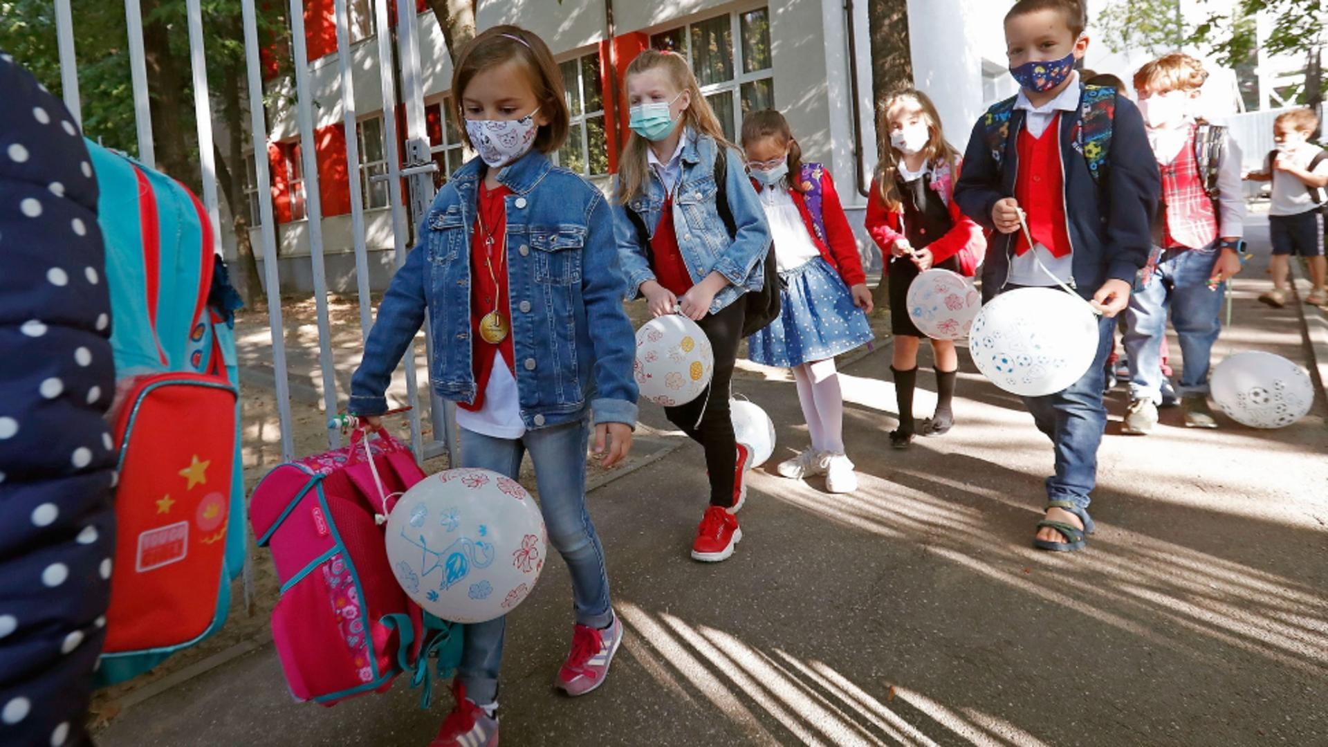 Copii în prima zi de școală / Profimedia