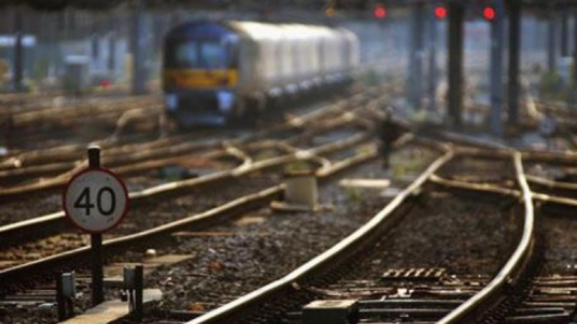 Accident cumplit, pe calea ferată: bărbat mort, după ce a fost lovit de tren