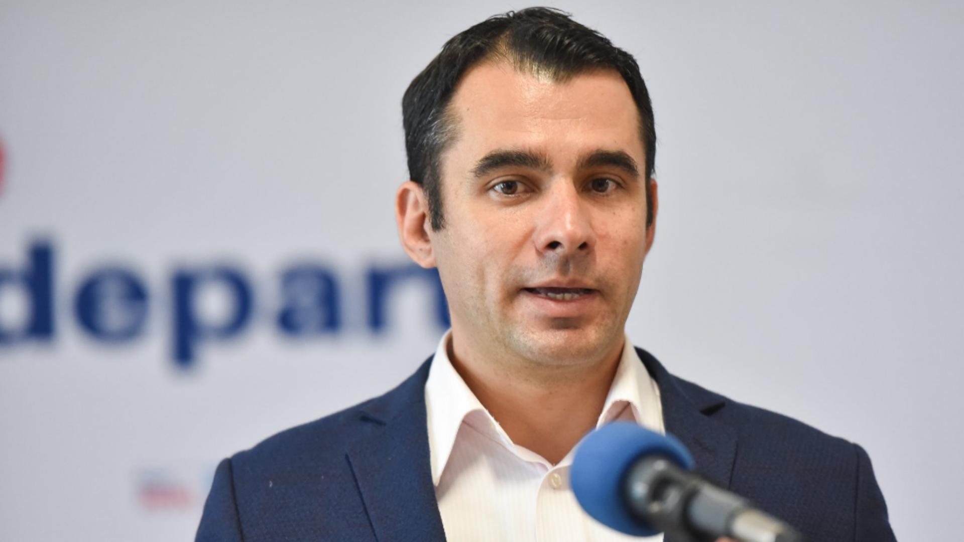Ștefan Pălărie, senator USRPLUS. Foto/Facebook