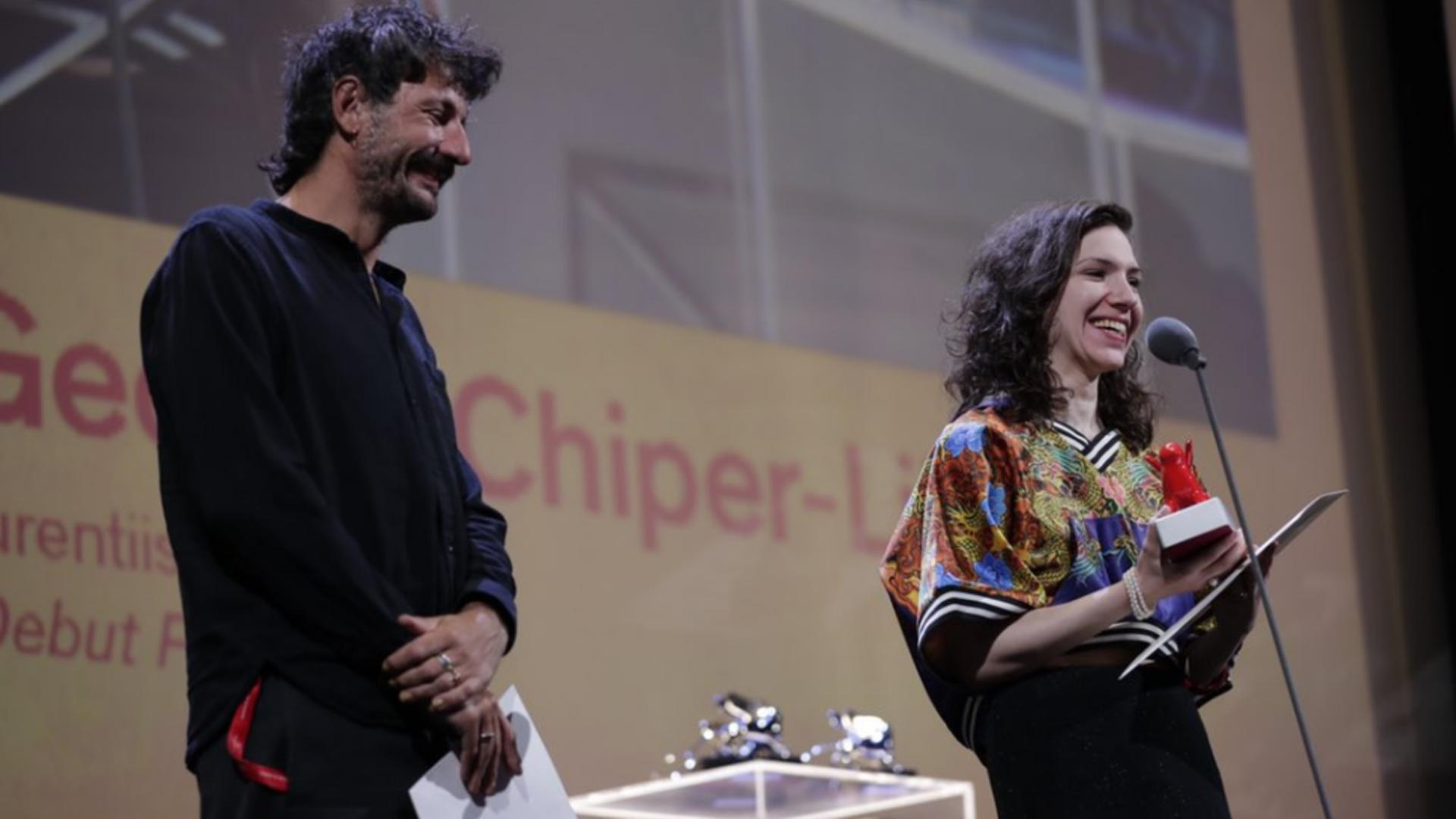 Monica Stan şi George Chiper-Lillemark laureaţi ai premiului pentru debut cinematografic. Foto/Twitter biennale