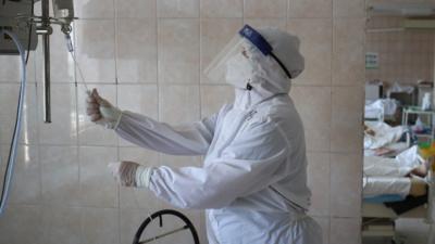 Ce se întâmplă cu persoanele vaccinate care au intrat în contact cu un pacient Covid? / Foto: Profi Media