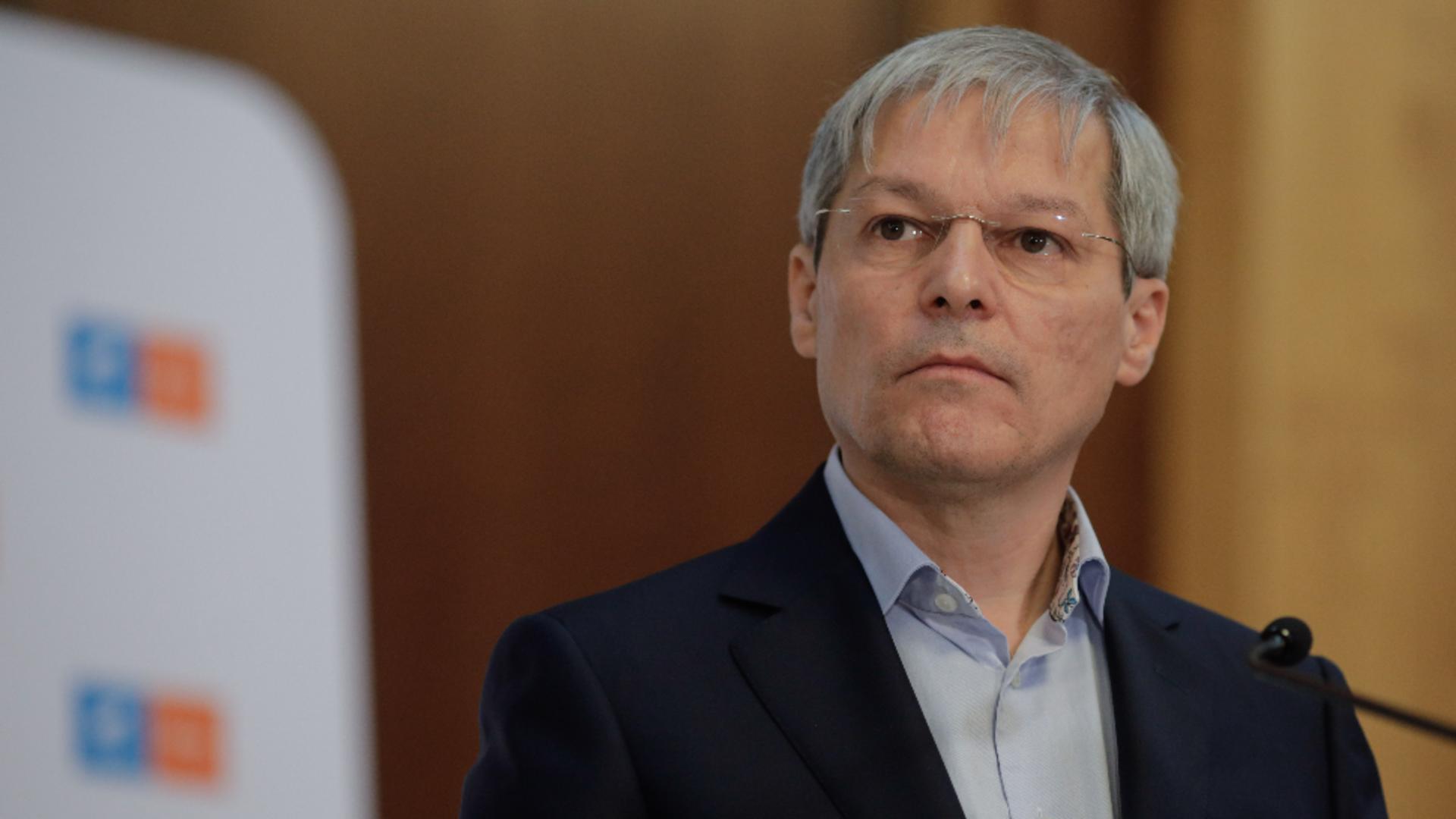 Dacian Cioloș. Sursa foto: INQUAM / George Calin