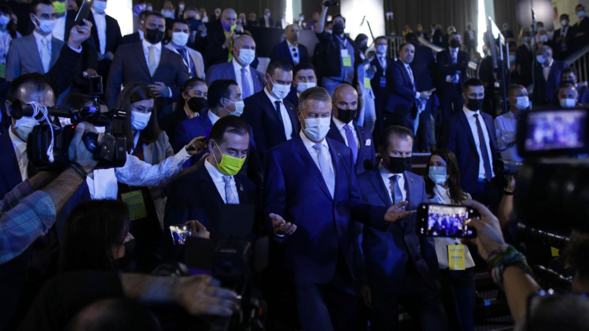 Ludovic Orban, Klaus Iohannis și Flroin Cîțu, la Congresul PNL din 25 septembrie / Inquam Photos / Octav Ganea