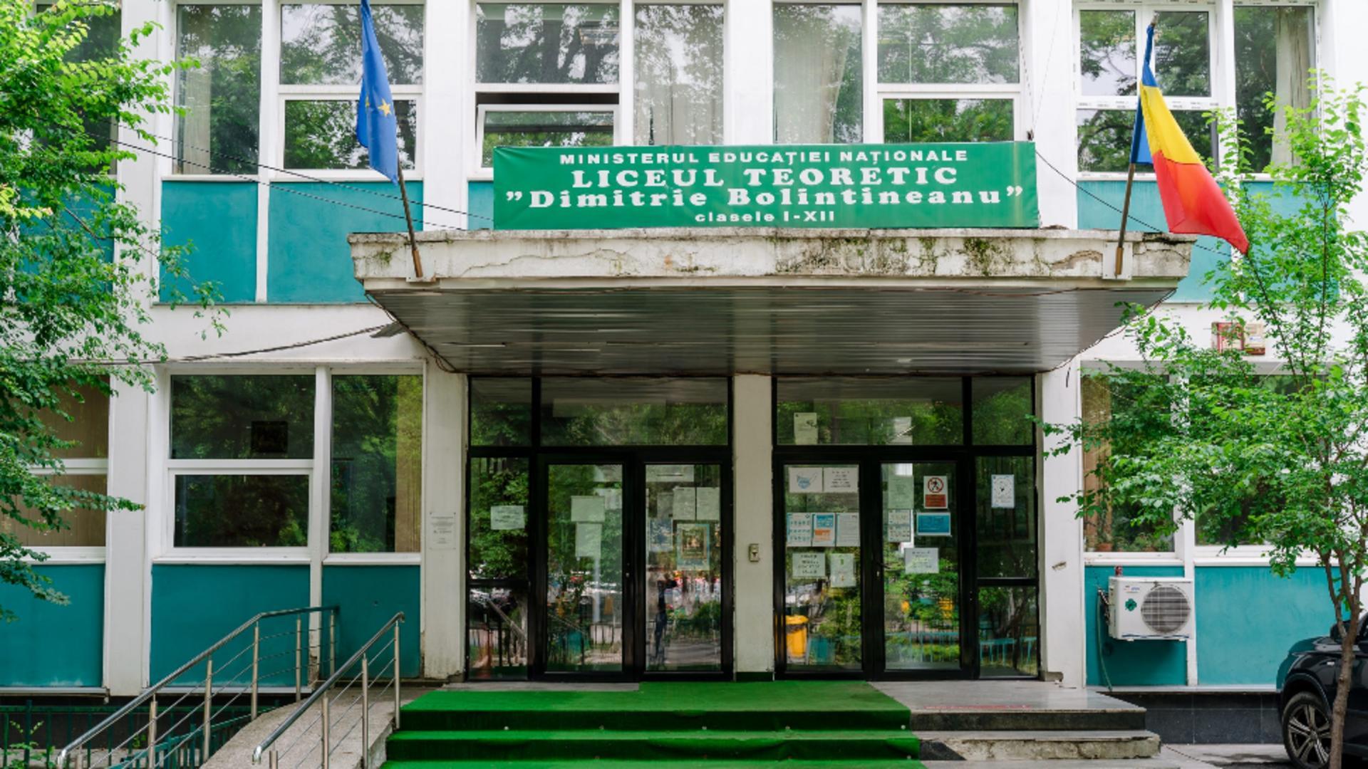 Liceul Dimitrie Bolintineanu intră în online