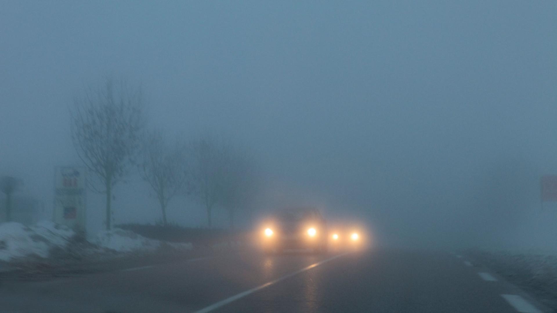 Ceață în mai multe județe, miercuri dimineață. Foto/Profimedia