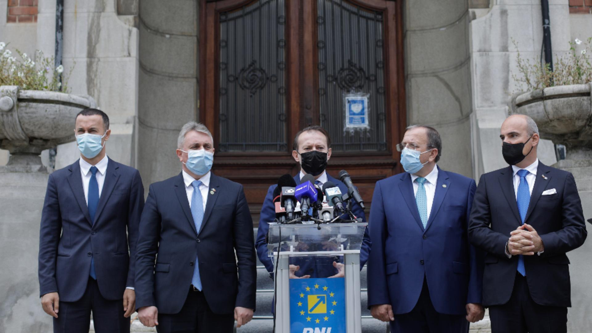 Florin Cîțu și lideri PNL