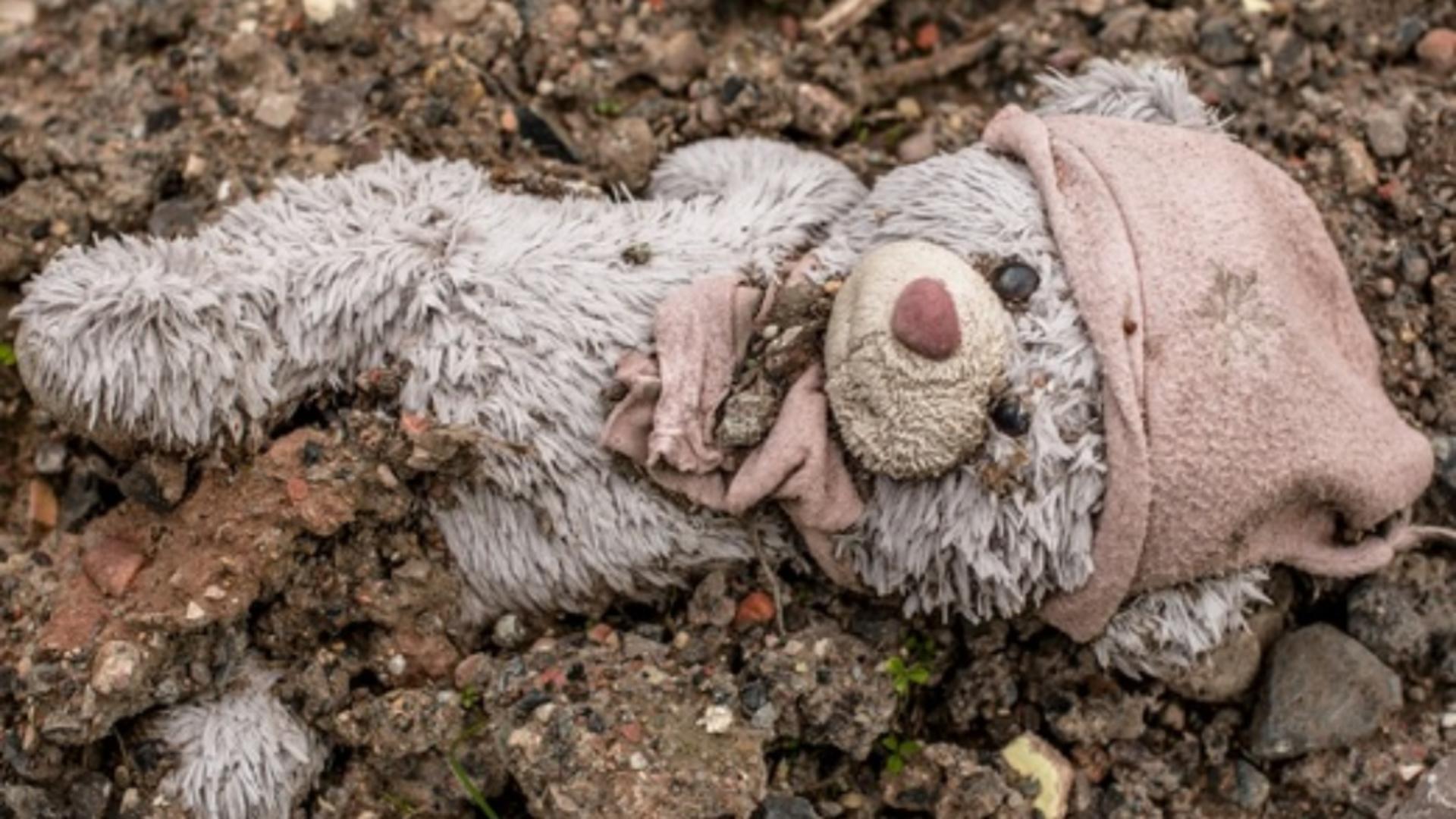 Condamnare record, în România, pentru un pedofil care a profitat de o fetiță de 12 ani