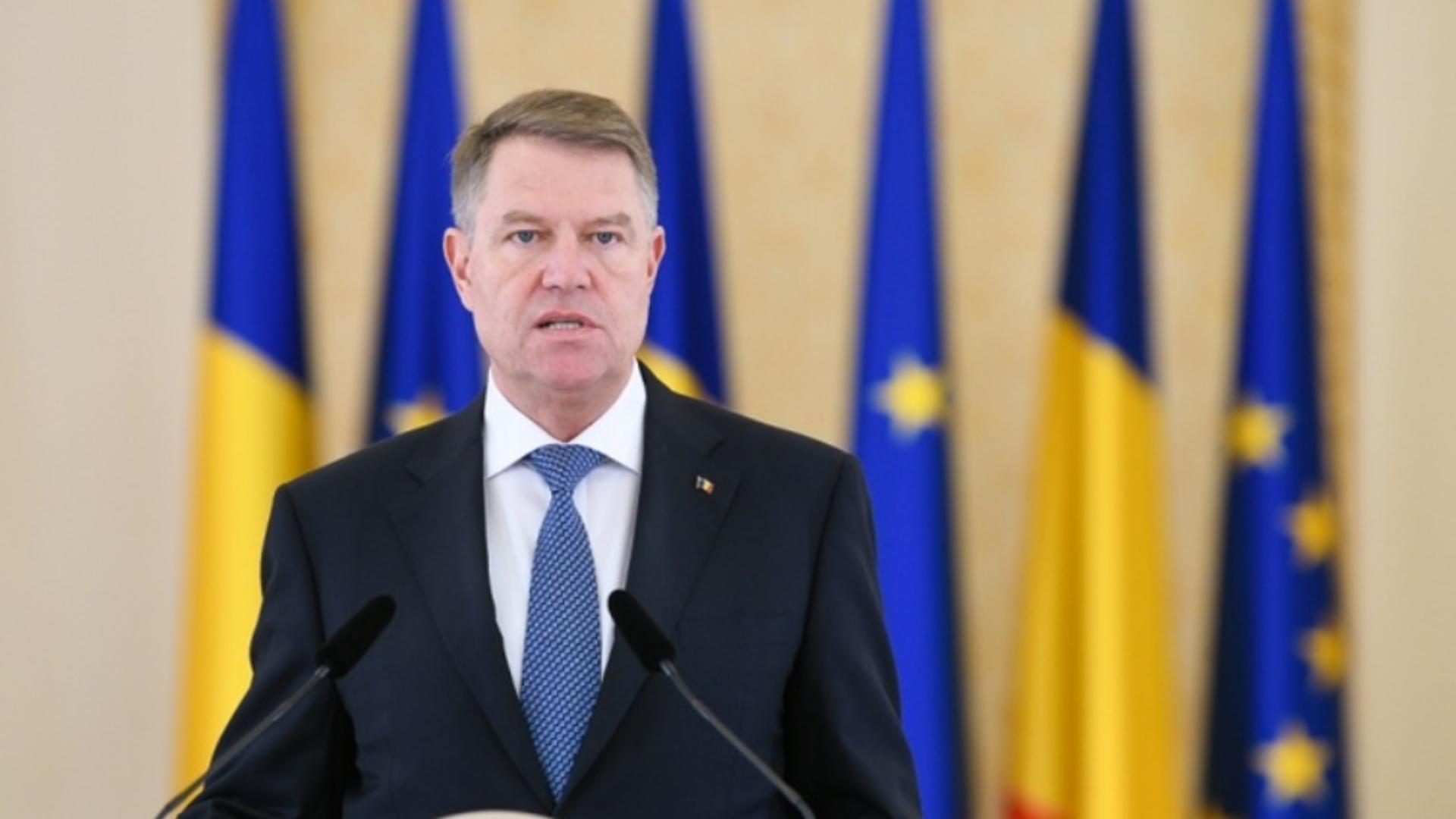 Iohannis a semnat înființarea consulatelor generale ale României la Roma și Paris