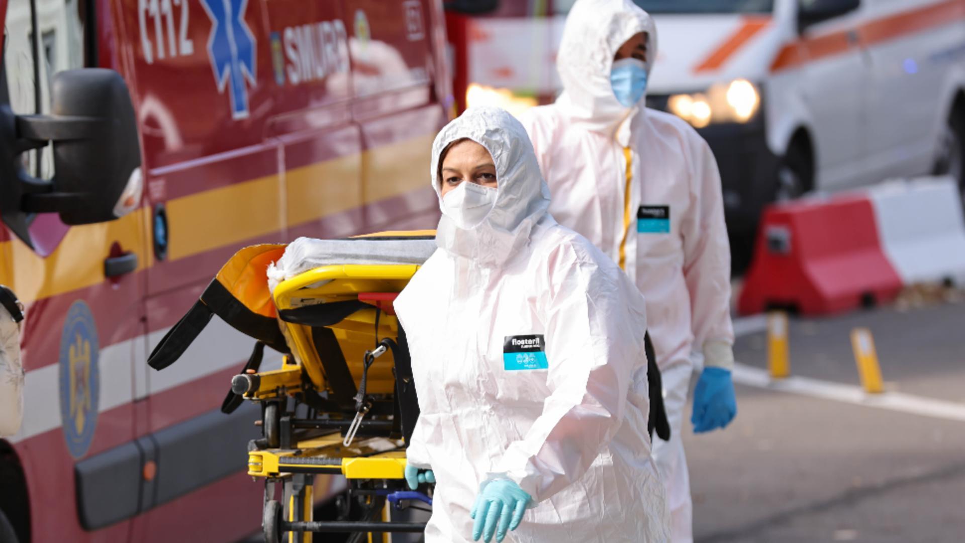 30 de pacienți de la Spitalul de Boli Infecțioase încă sunt internați la judeețeanul din Constanța. Foto/Inquam