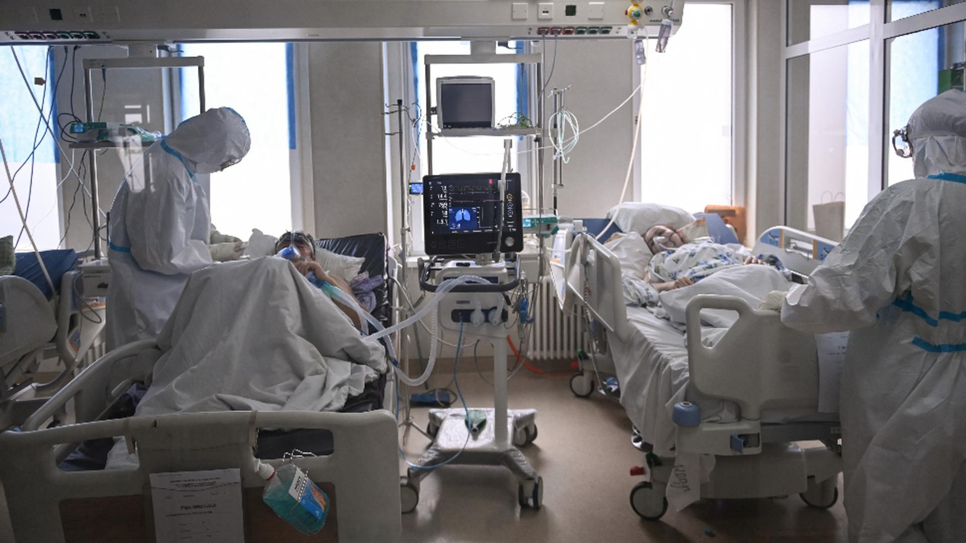 Spitalul Judeţean Ilfov suplimentează paturile pentru pacienţii cu COVID / FOTO: Profi Media