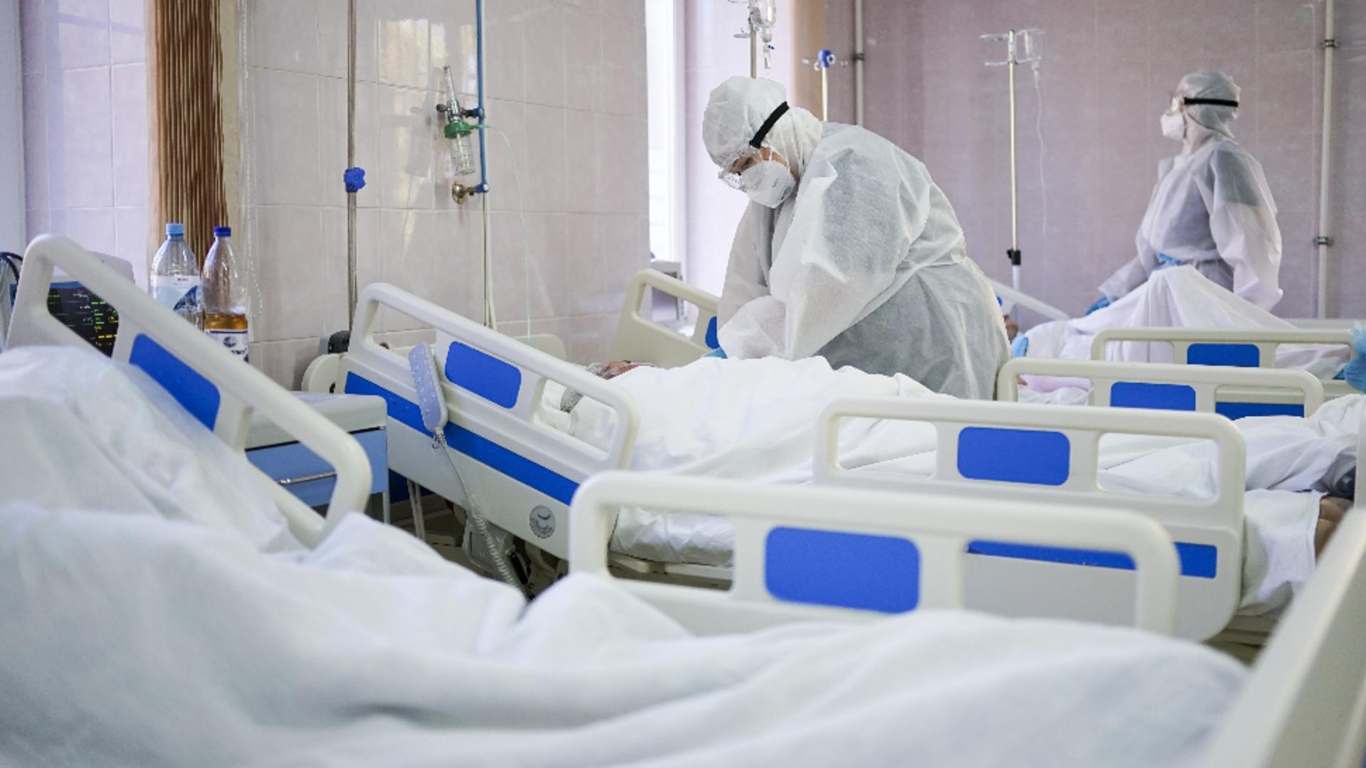 Situație îngrijorătoare în ziua cu un nou record de pacienți COVID. O nouă zi fără NICIUN loc liber la ATI, în toată țara